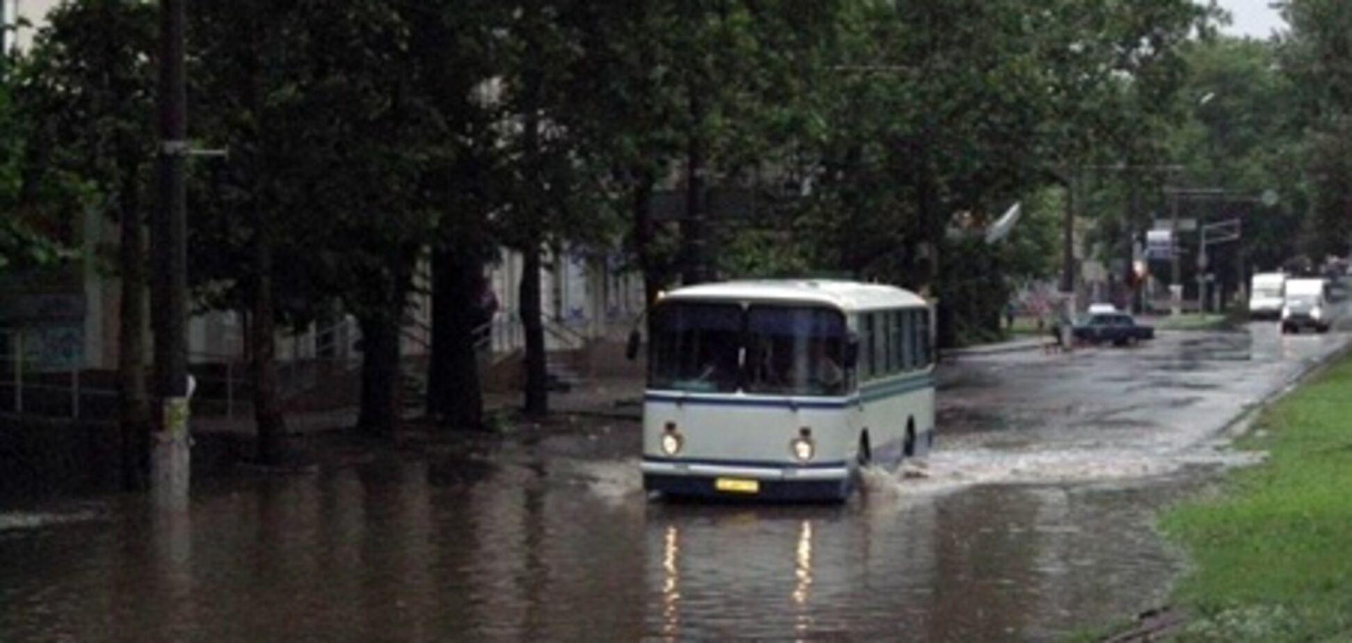 Миколаїв 'поплив' після потужної зливи