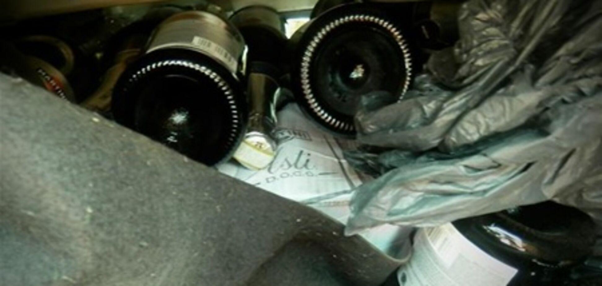 Прикордонники передали Митниці 150 пляшок Martini Asti