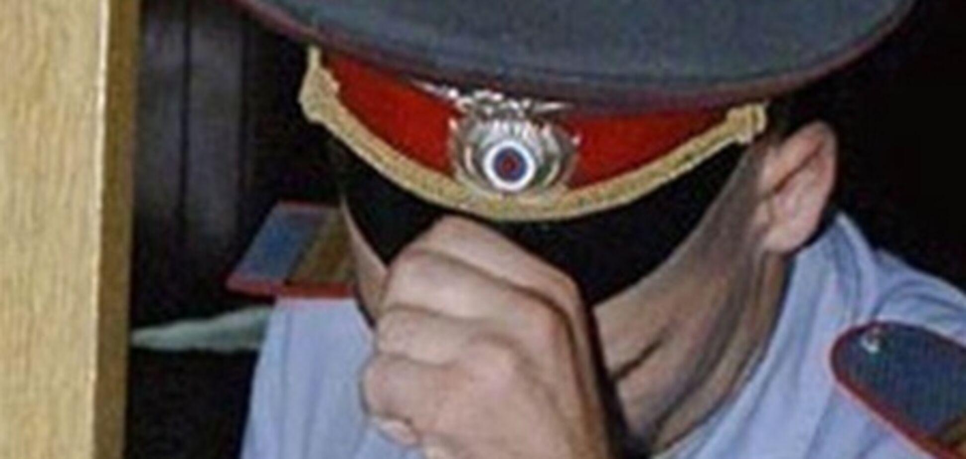На Донеччині три міліціонери заробляли на 'тих підставах'