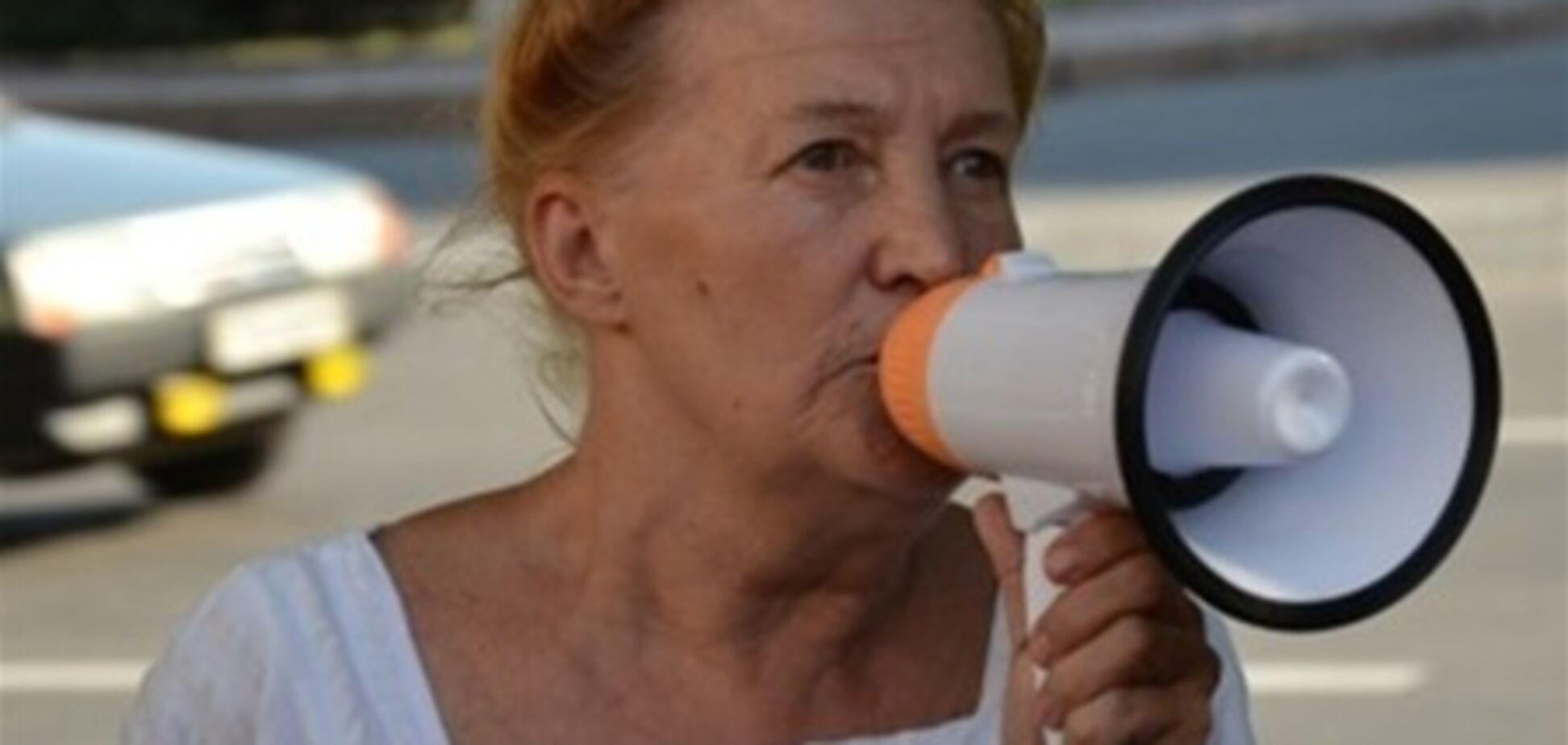 Мешканку Запоріжжя запроторили до 'дурдом' за критику міліції