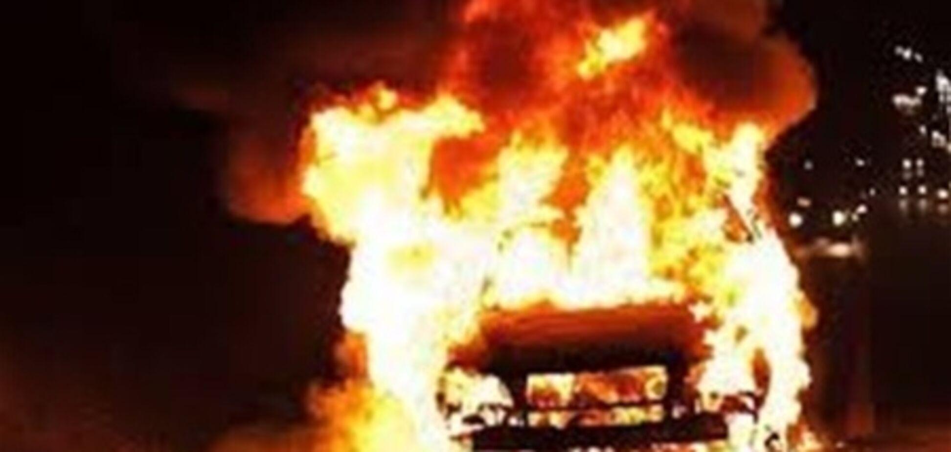 У Закарпатті спалили авто начальника обласного УБОЗ