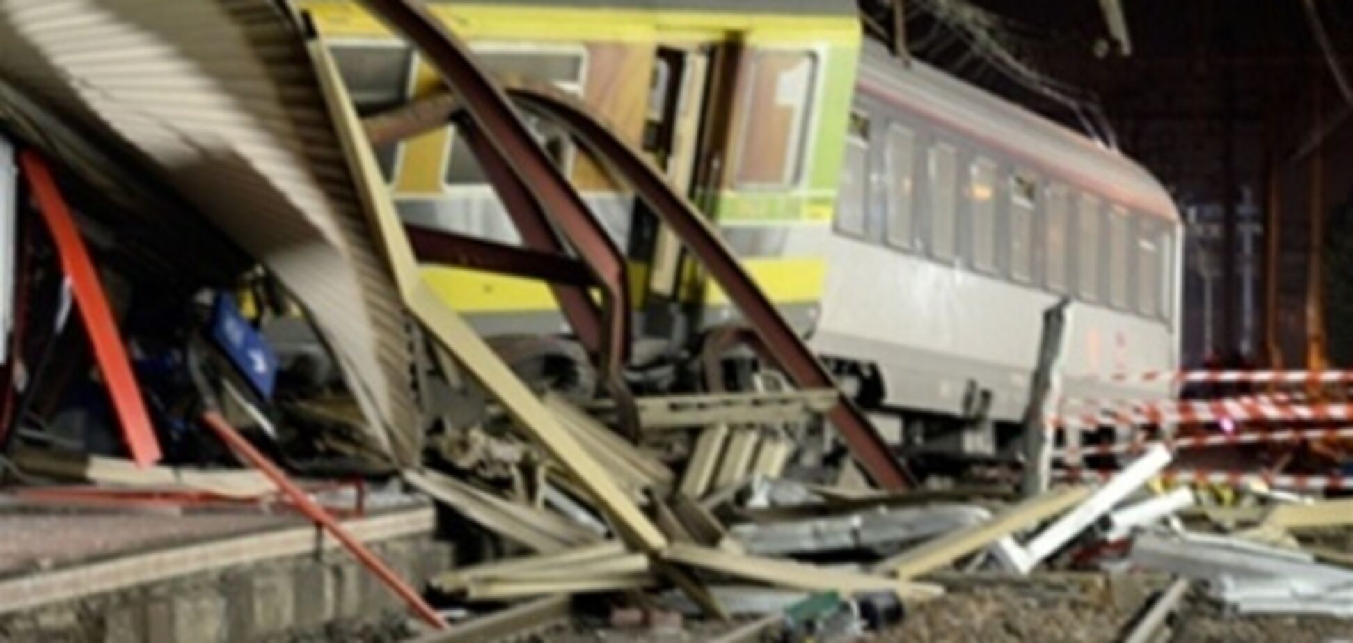 Установлена причина крушения поезда во Франции