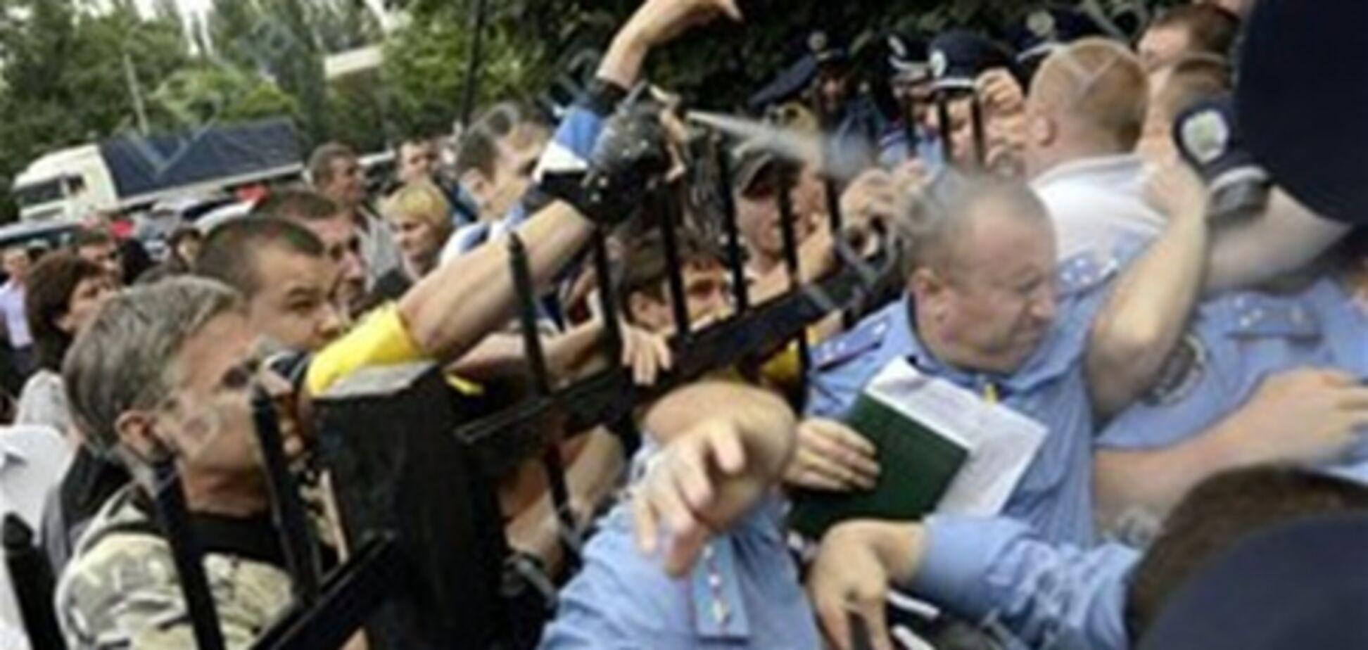 ПР посилить відповідальність за напад на міліціонерів