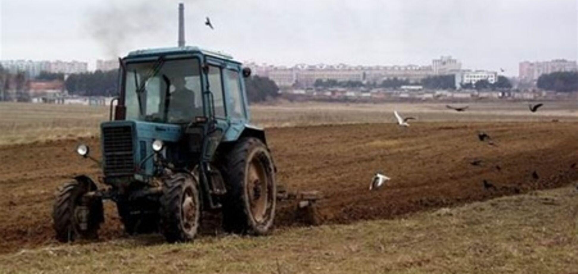 На Миколаївщині чоловіка переїхав трактор