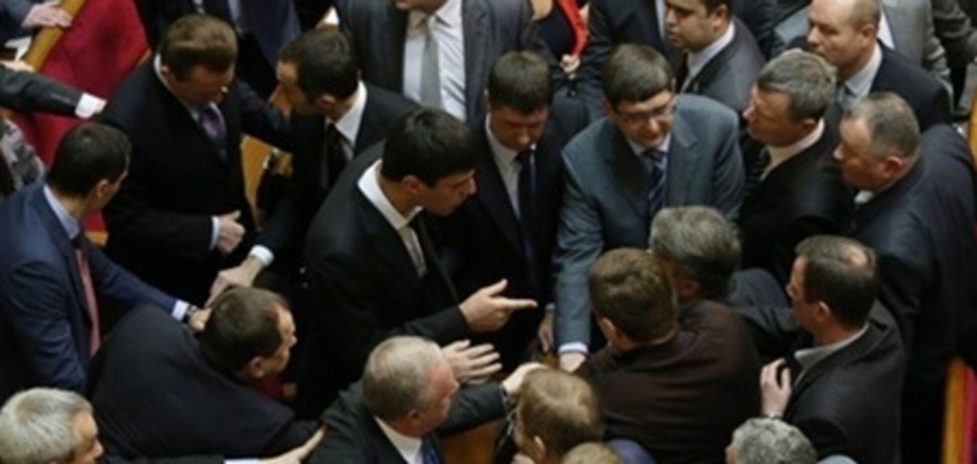 Политики и соцсети: от умиления до скандалов