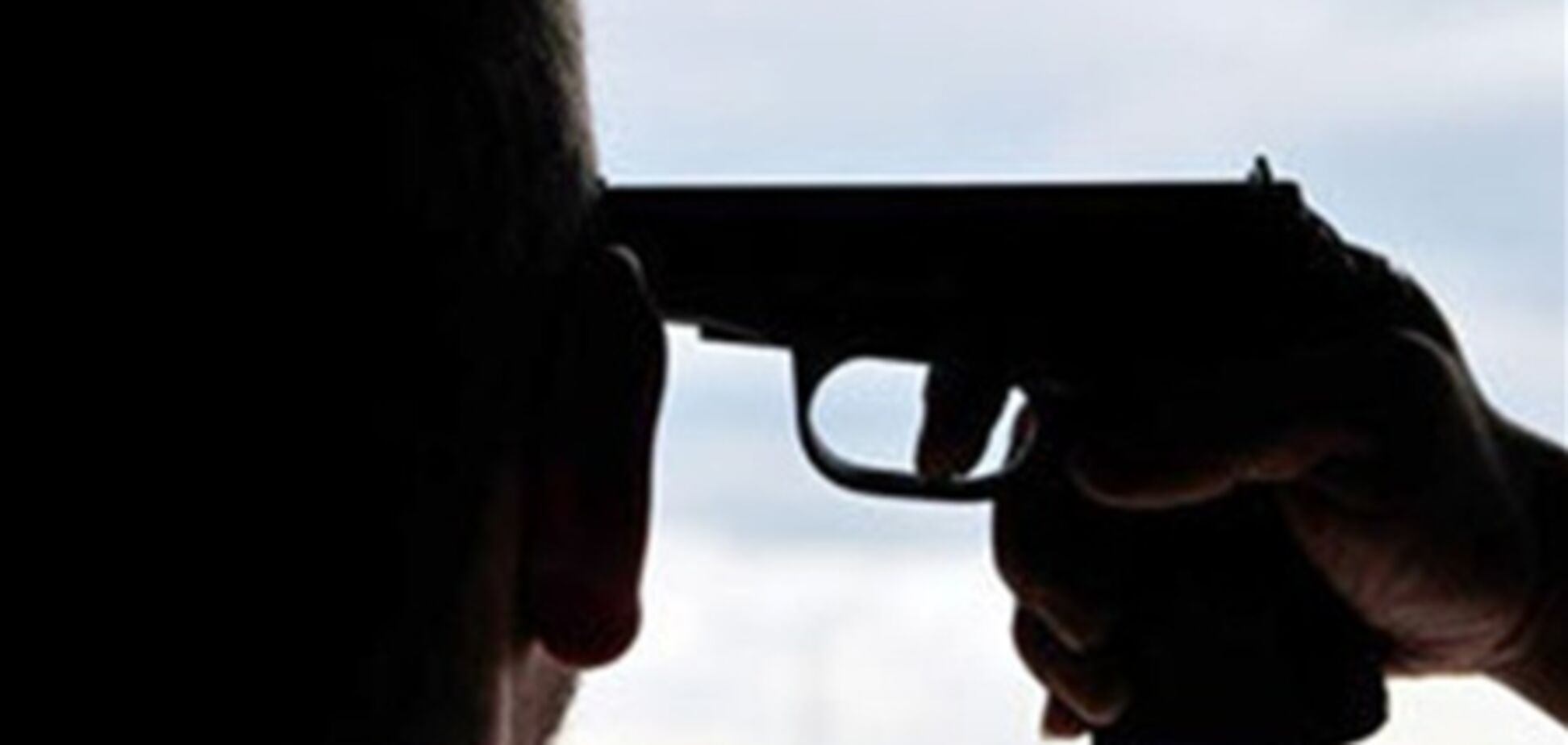 У Миколаєві чоловік вистрілив собі в голову, але не пам'ятає чому