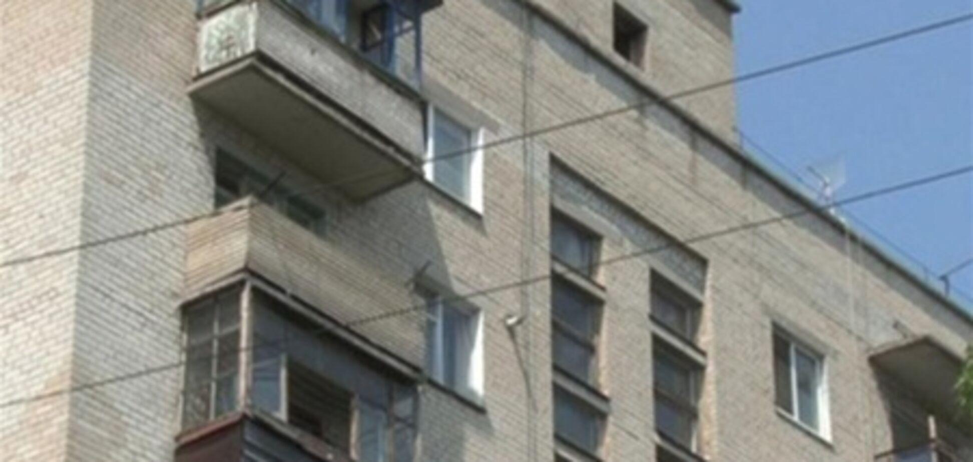 На Кіровоградщіе п'яний влаштував стрілянину з балкона своєї квартири