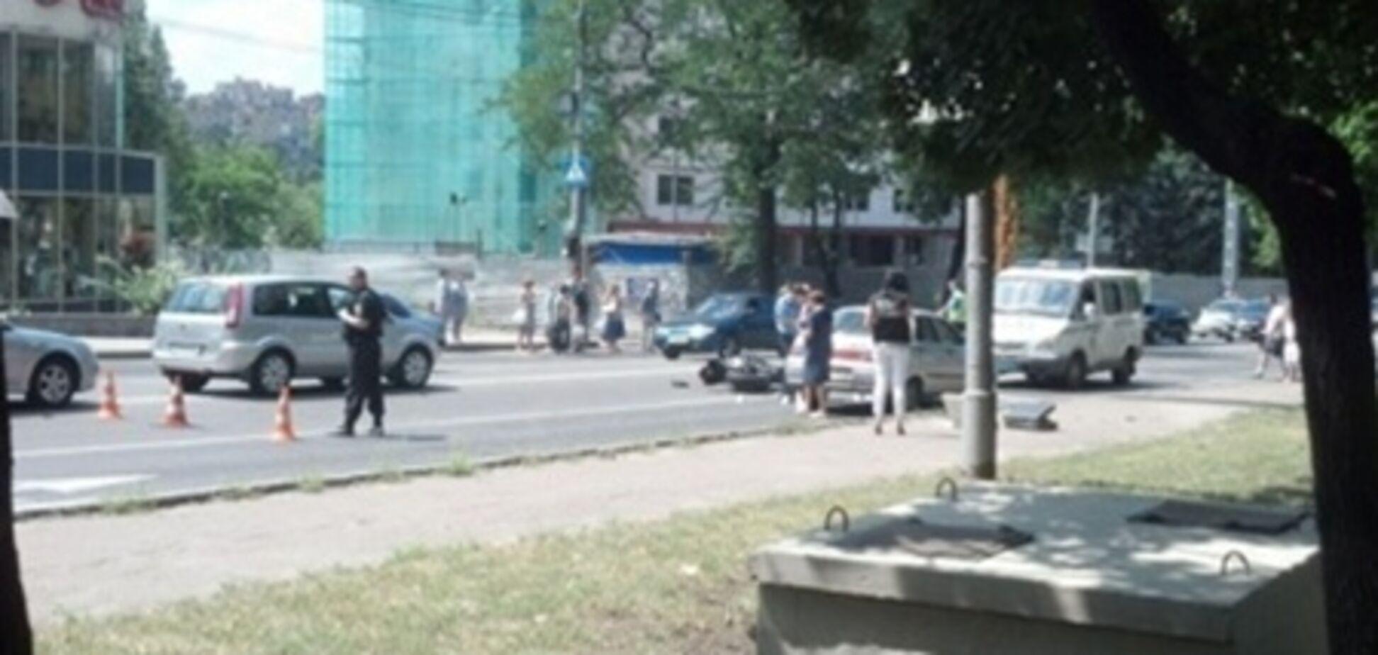 У Донецьку мотоциклісти розстріляли водія ВАЗа