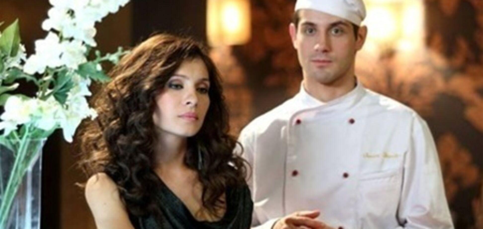 Зірка серіалу 'Кухня' зруйнував шлюб колеги