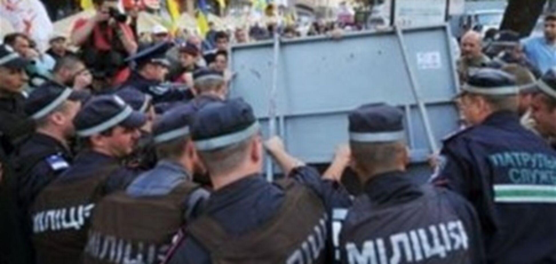 Співробітники ДПС заблокували в'їзди у Врадіївку