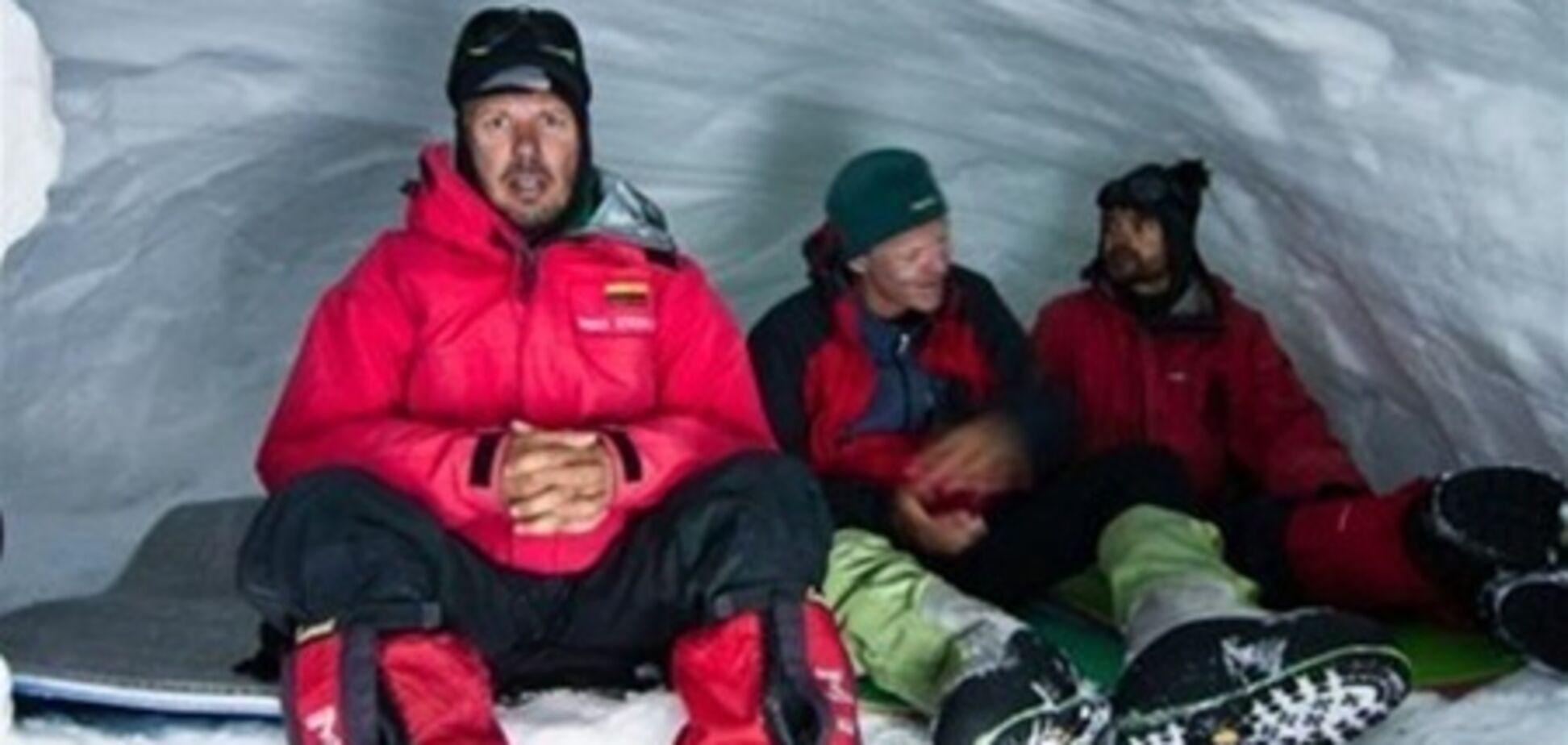 Вижив в Пакистані альпініст: бойовики кричали, що мстяться за бен Ладена