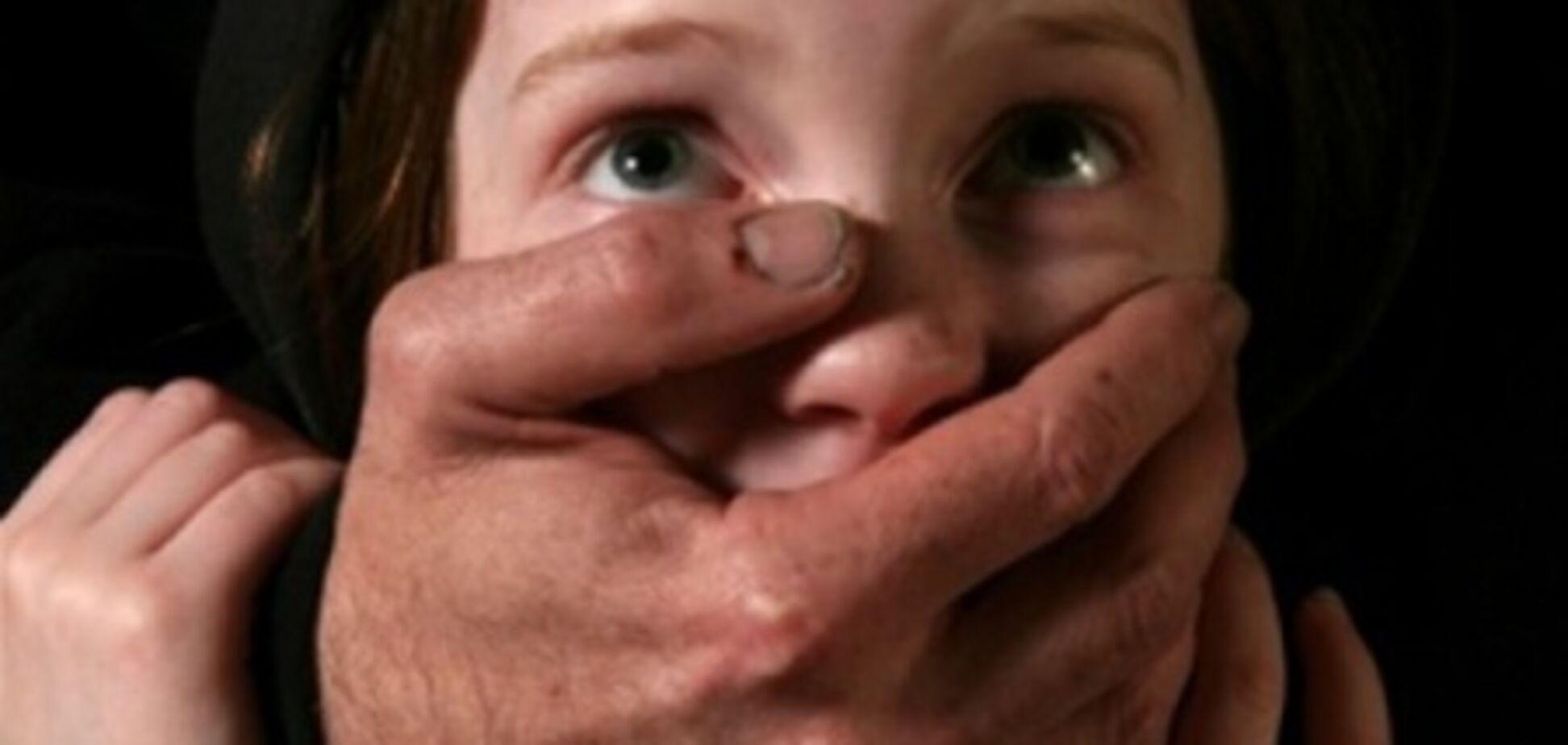 У Кривому Розі педофіл поглумився на 5-річною дівчинкою