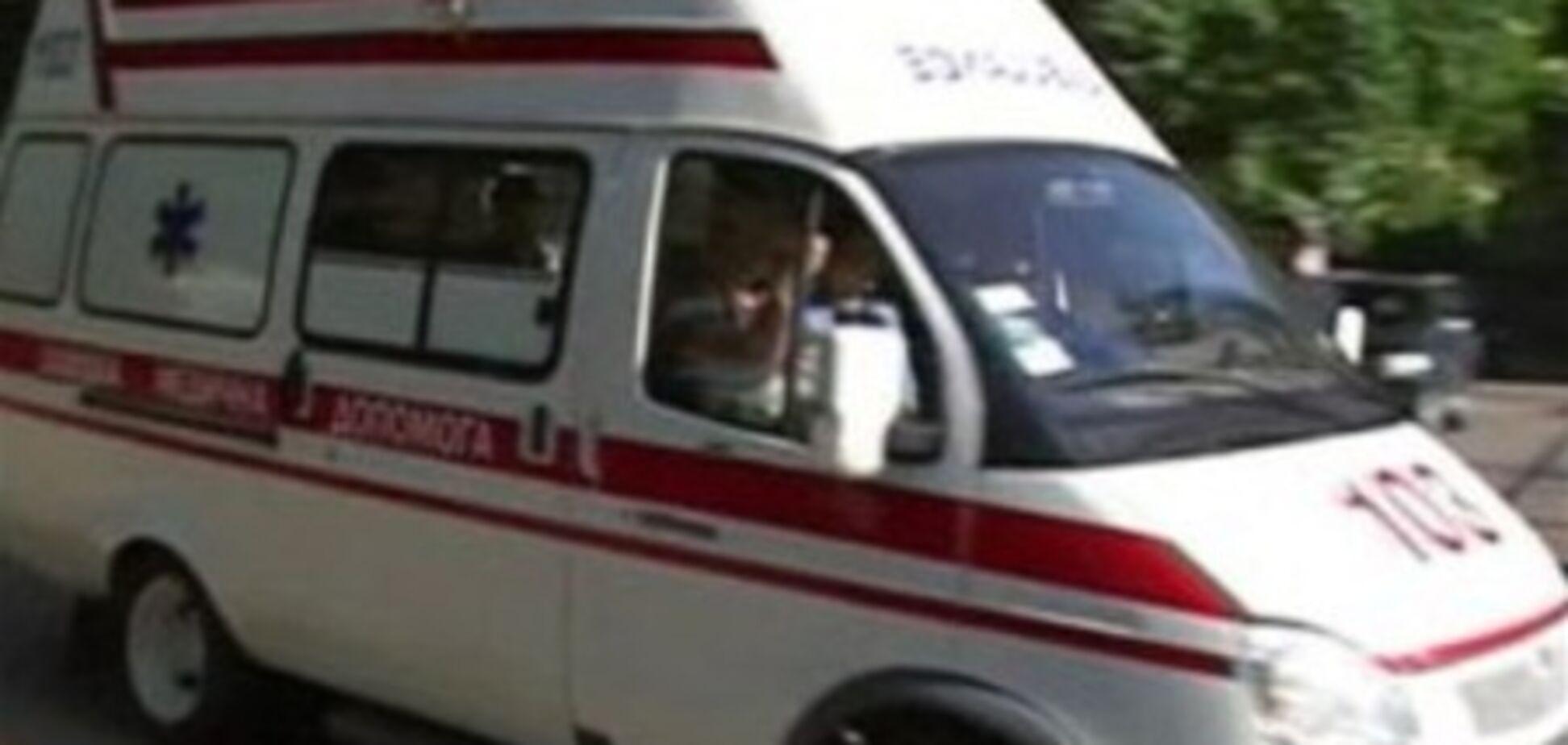 На Хмельниччині рятувальники витягнули чоловіка з петлі