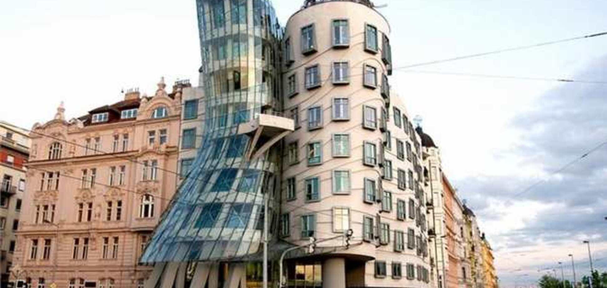 В Праге выставят на продажу Танцующий дом