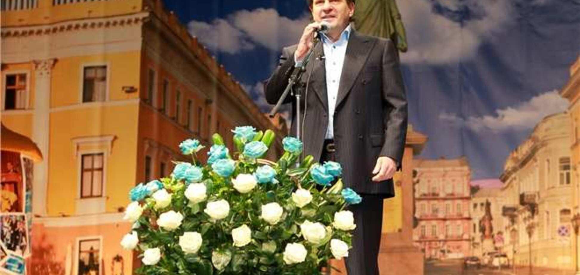 Мэр Одессы отметил именины мамы и брата