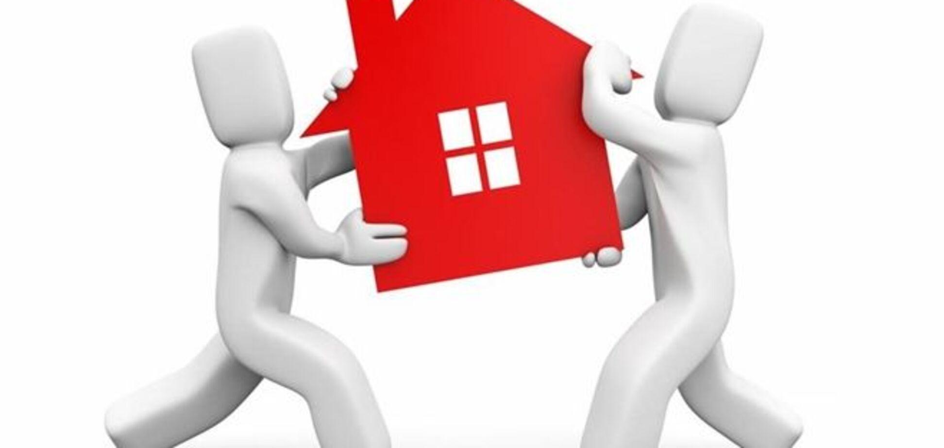 Рынок жилья успокоится, но август будет жарким