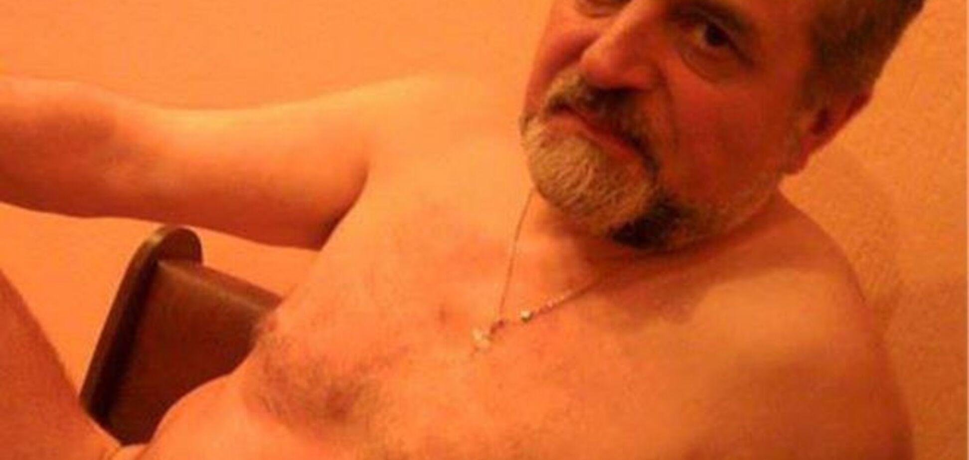 60-річний депутат-свободівець сфотографувався голим