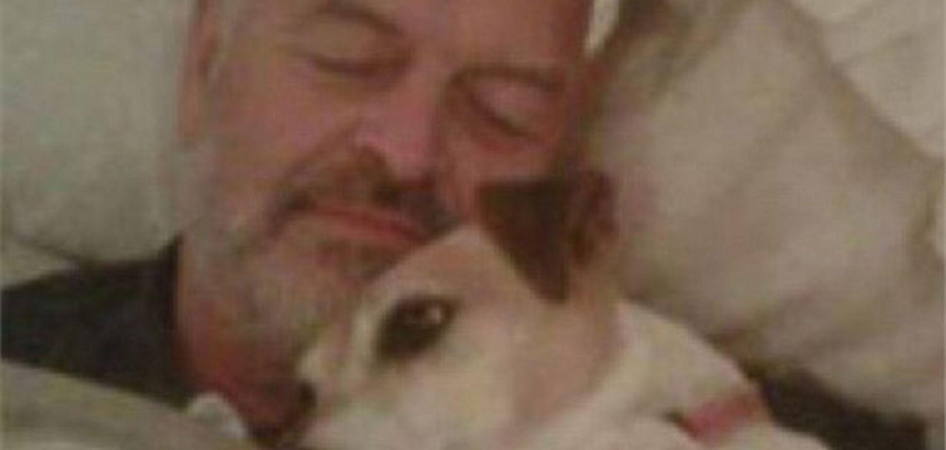 Житель ЮАР первой спас свою собаку, а не жену