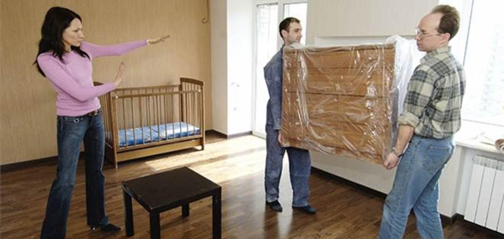 Россияне стали меньше покупать мебель и недвижимость