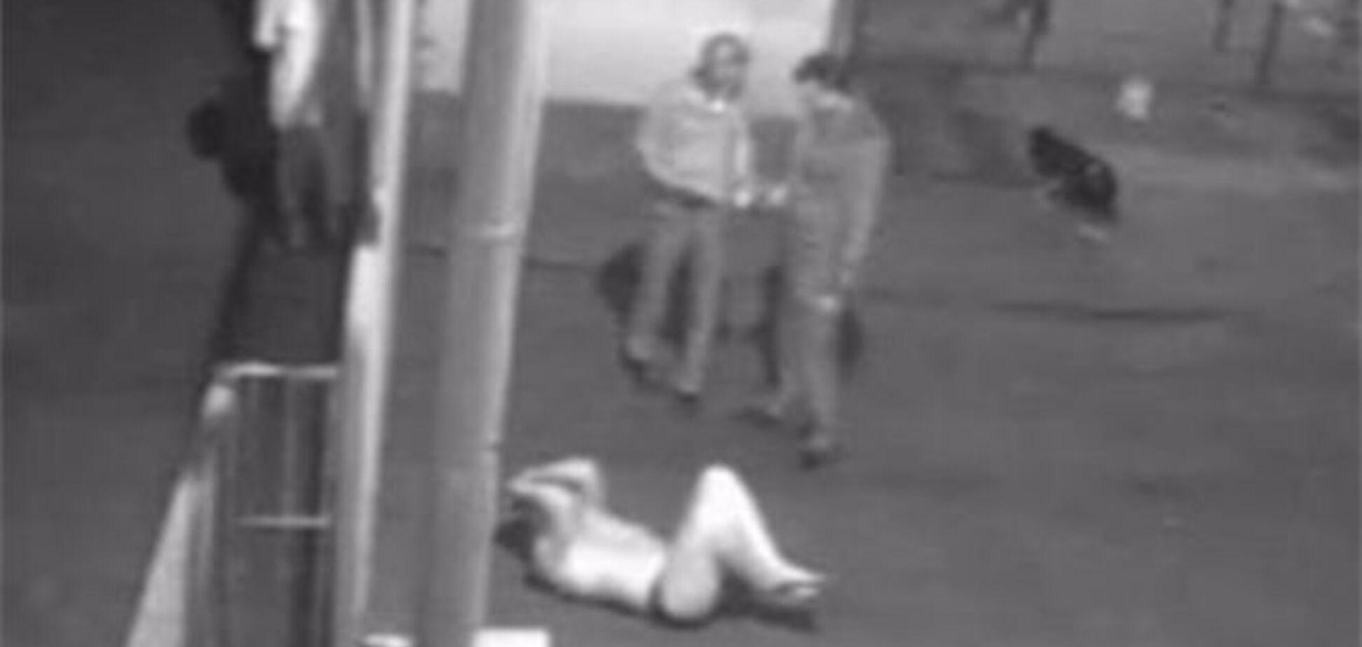 П'яний житель Врадіївки в трусах кидався на людей