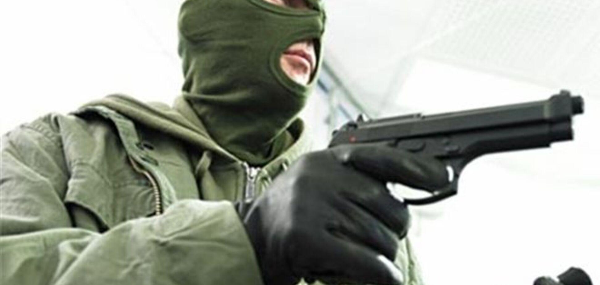У Чернівцях з банку вкрали 20 тисяч гривень