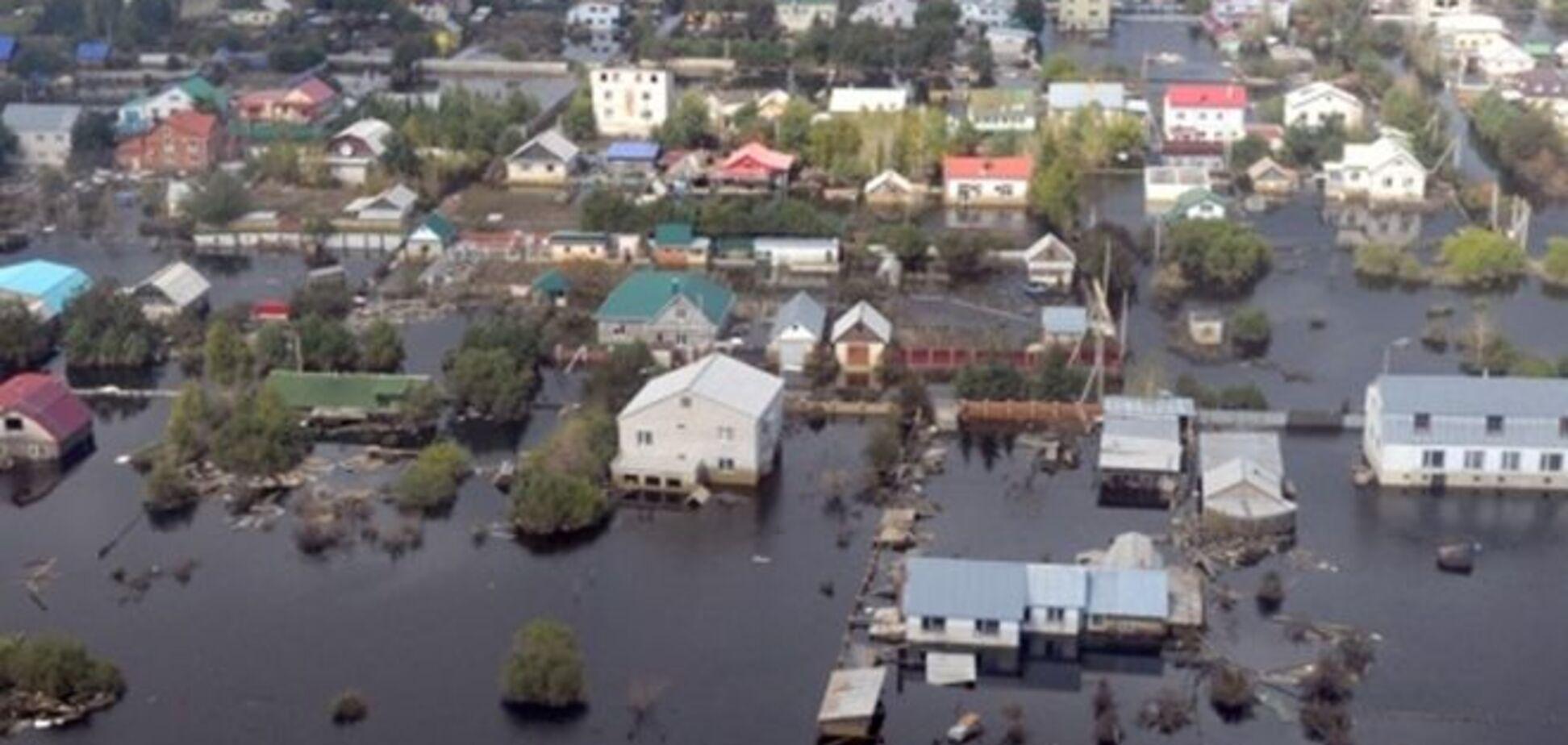 Наводнение в России: дамбу в Комсомольске-на-Амуре может прорвать