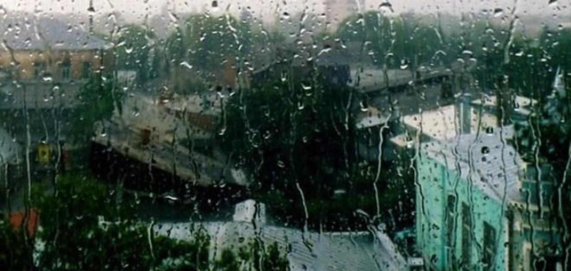 Негода дісталася і до Полтавщини: пошкоджено дахи десятка будинків