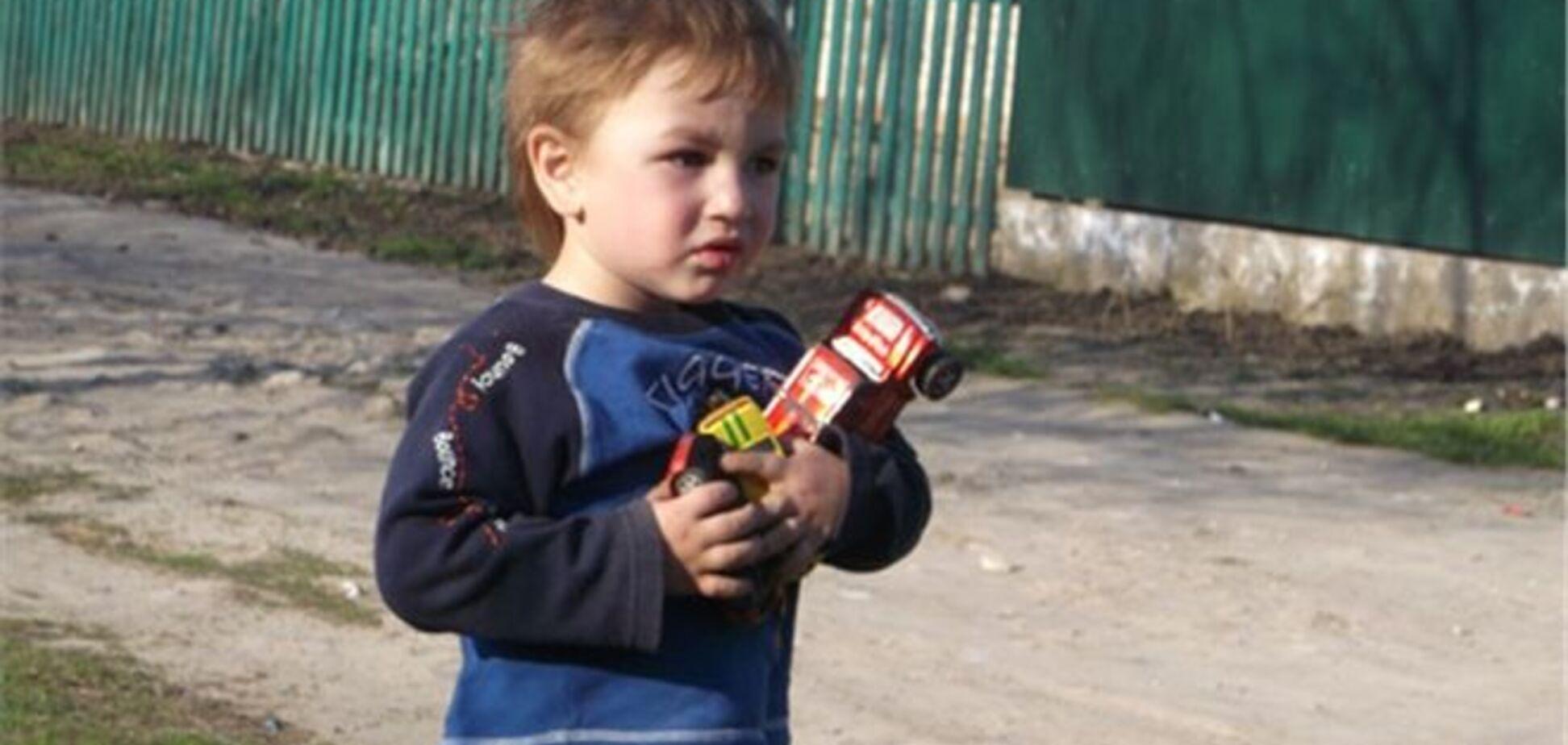 Кілька спецпідрозділів міліції 12 годин шукали трирічної дитини