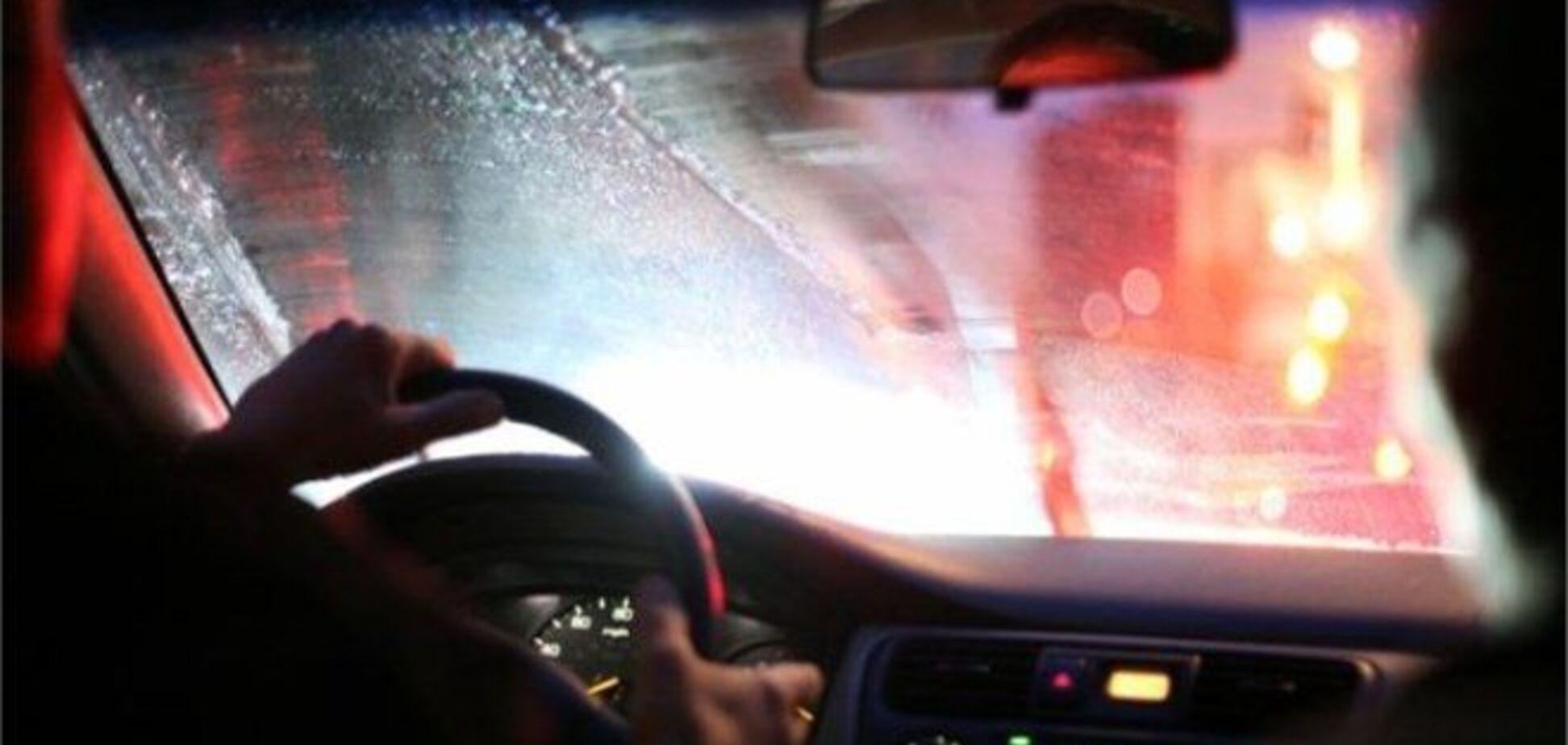 ДАІ радить, як безпечно їздити в дощ