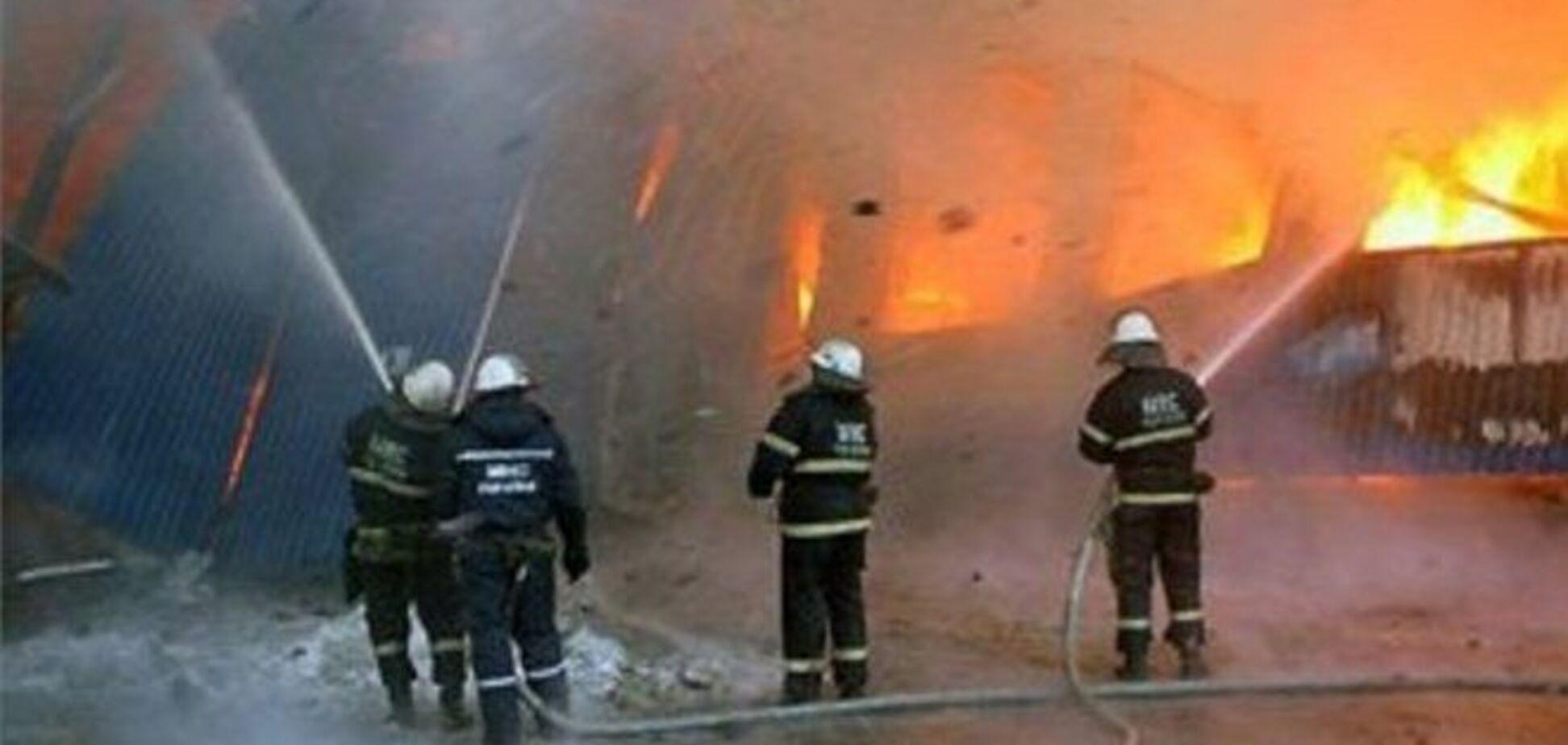 Пожежа на Крюківському заводі загасили через 11:00