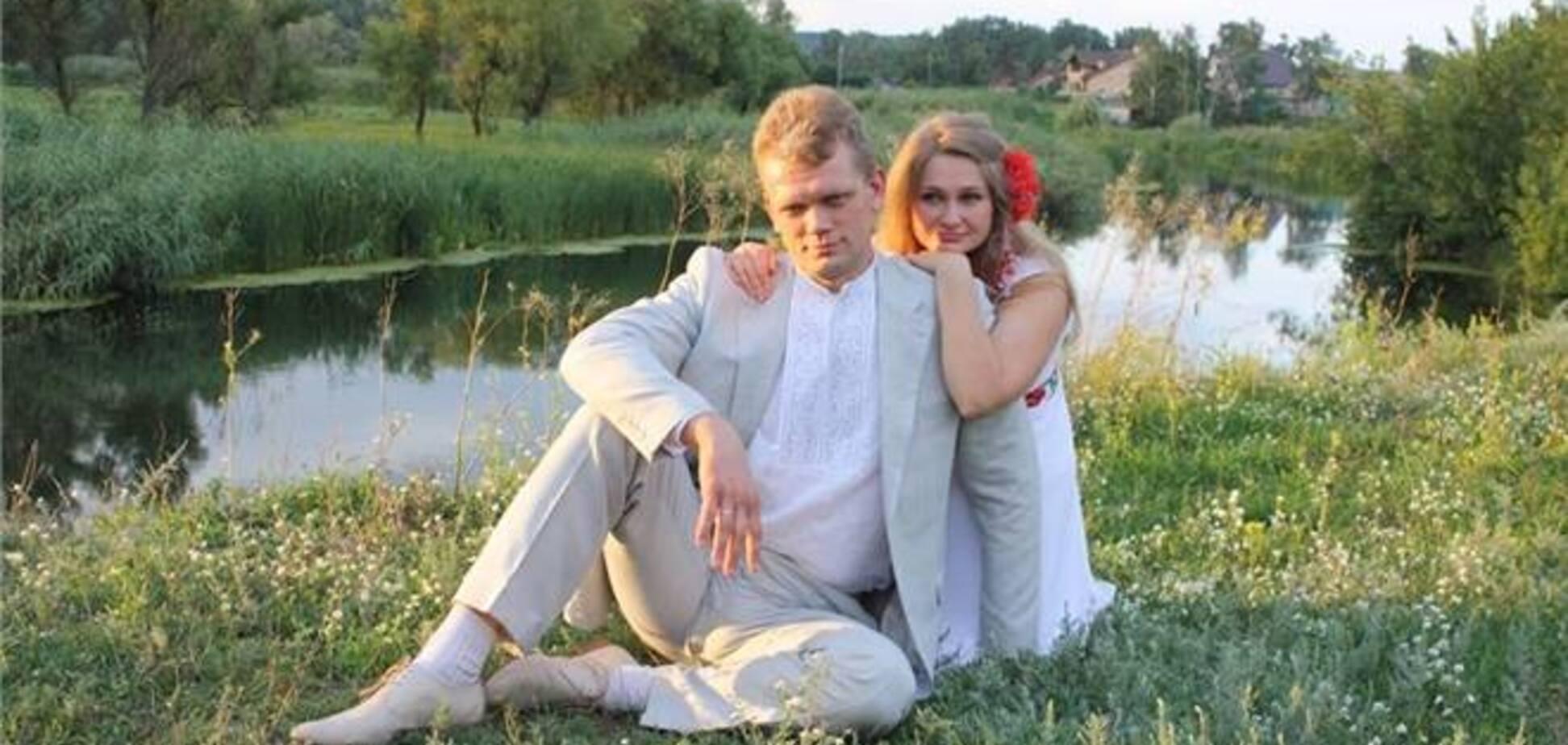 Свободівець похвалився весільними знімками