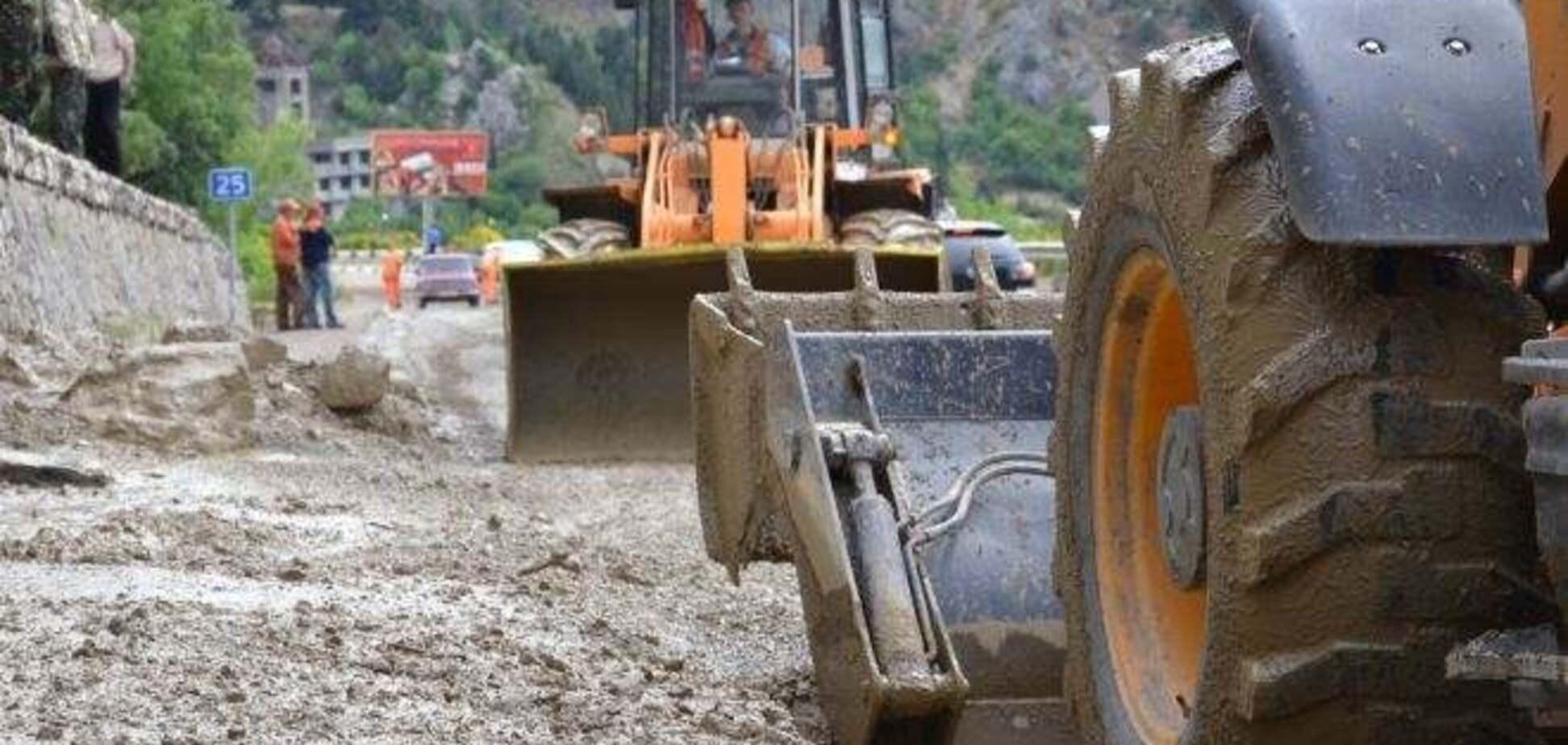Сель заблокував трасу 'Ялта - Севастополь'