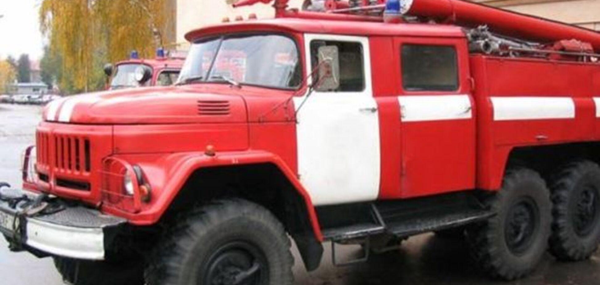 Вибух у житловому будинку Луганська: пожежу ліквідовано