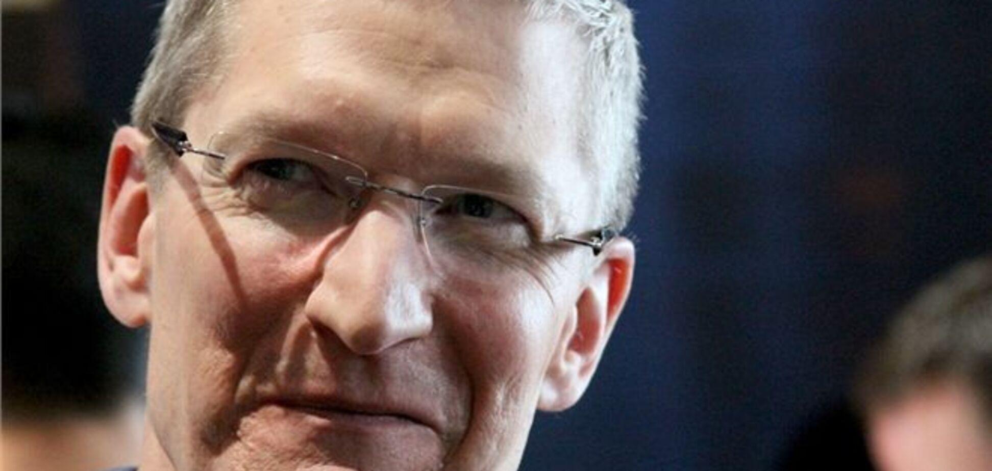 Cколько платят в Apple: компания опубликовала зарплаты Тима Кука и рядовых сотрудников