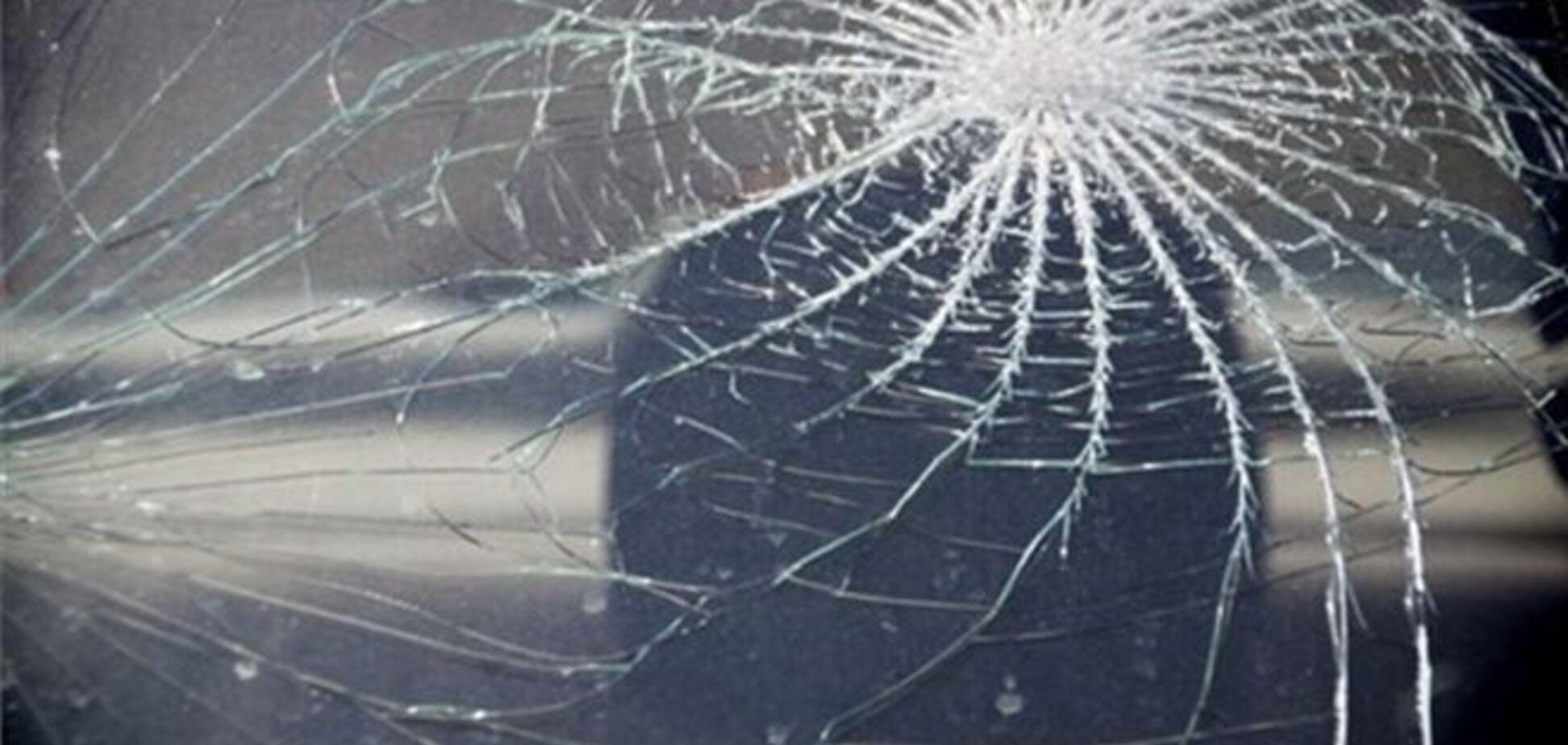 ЗМІ: у Луганську п'яний син судді на 'BMW Х5' збив дівчину