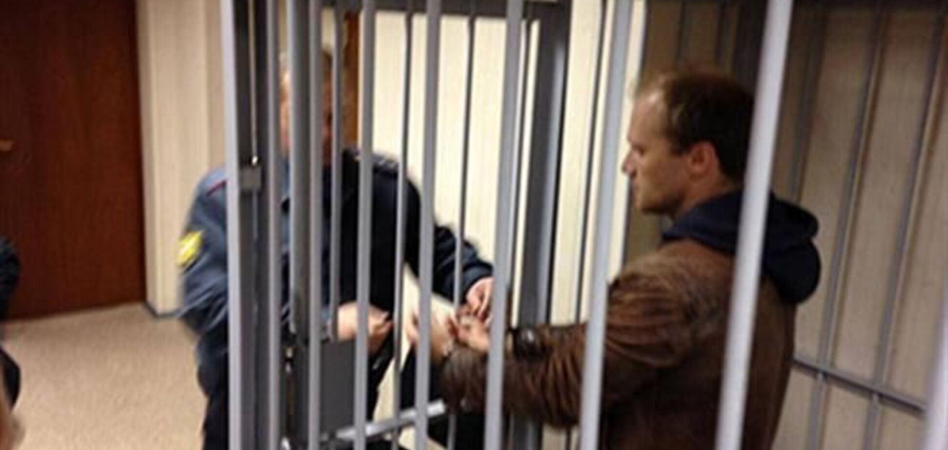 Російського фотографа з судна Greenpeace заарештували на 2 місяці