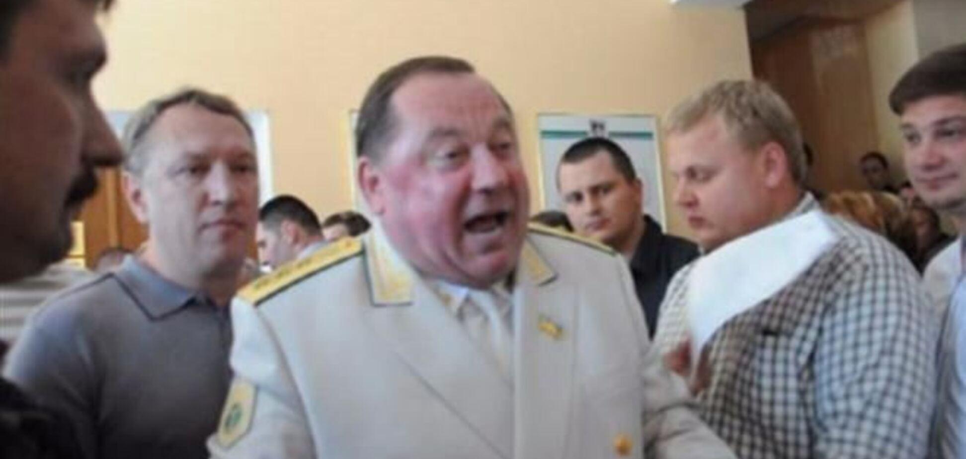 Міліція знала, що колишній ректор Мельник зняв браслет