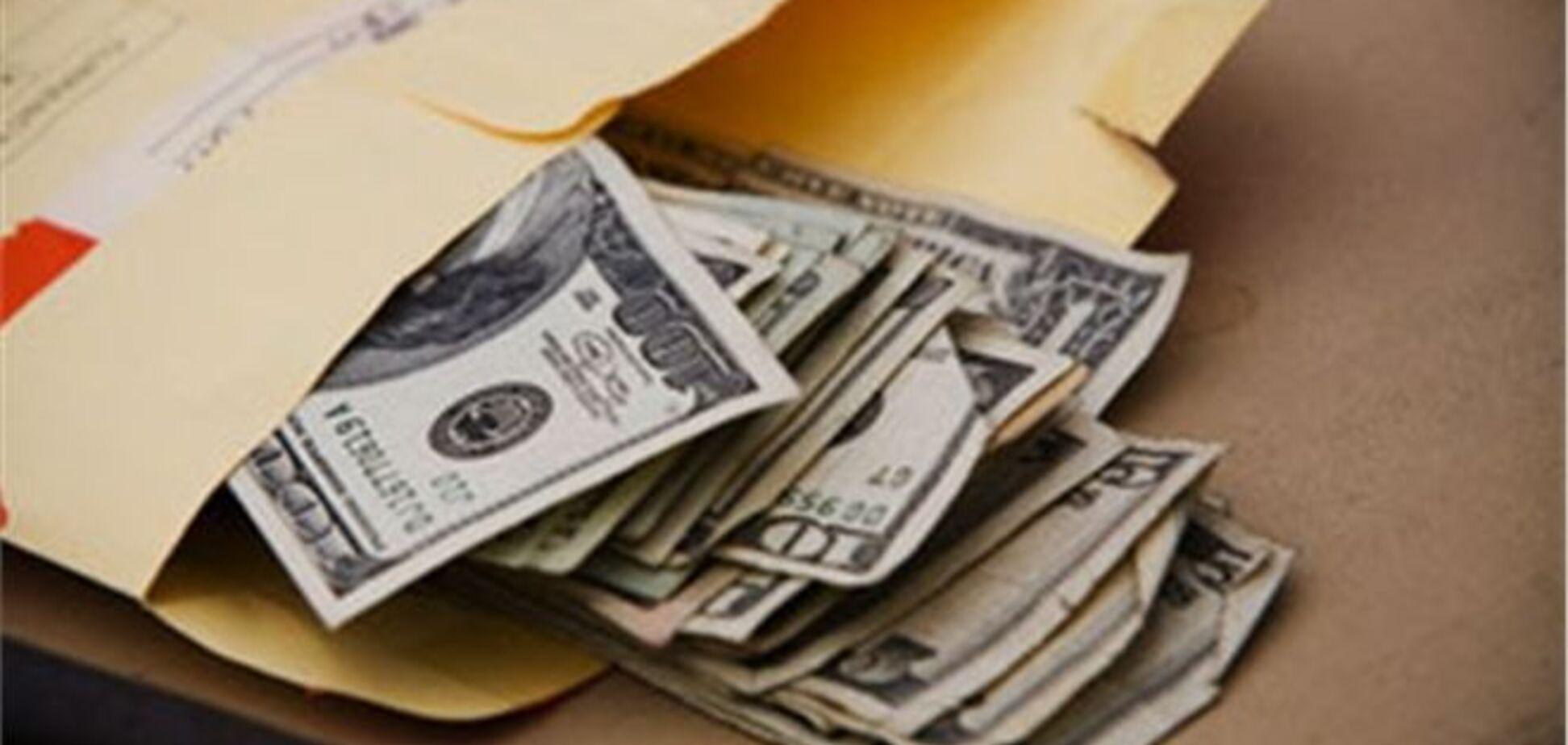 На Херсонщині глава селищної ради попався на хабарі в $ 80 тисяч