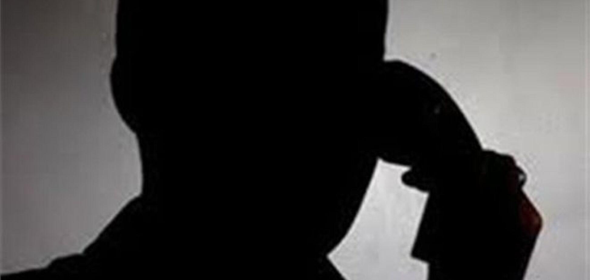 В Ужгороді шахрай під виглядом міліціонера виманив у пенсіонерки 8 тис. гривень