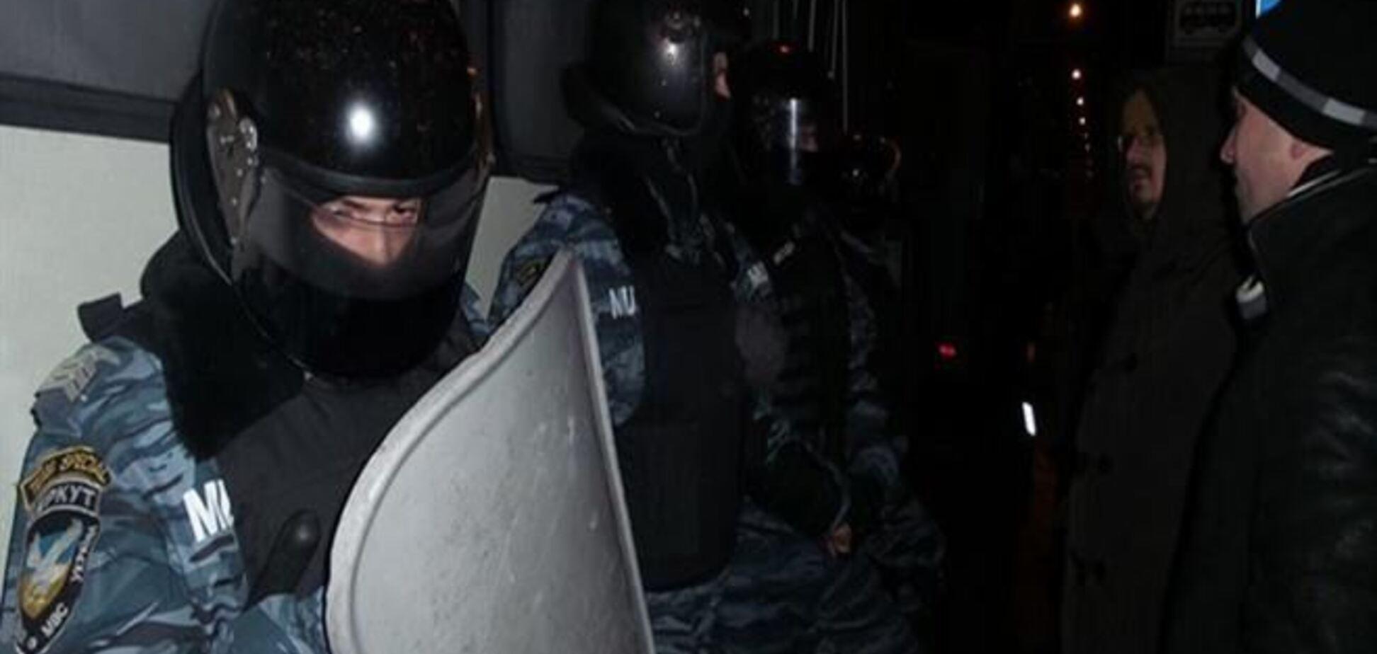 Возле Киево-Святошинского суда пострадали около 30 митингующих  - лидер Автомайдана