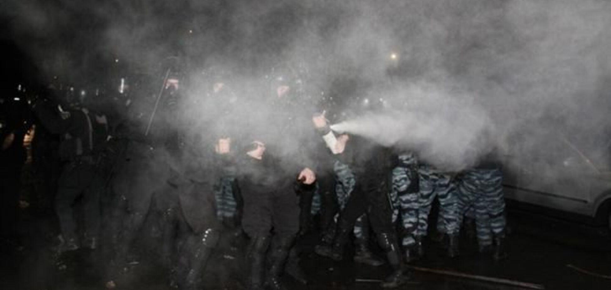 Хроніка зіткнень під Києво-Святошинським судом