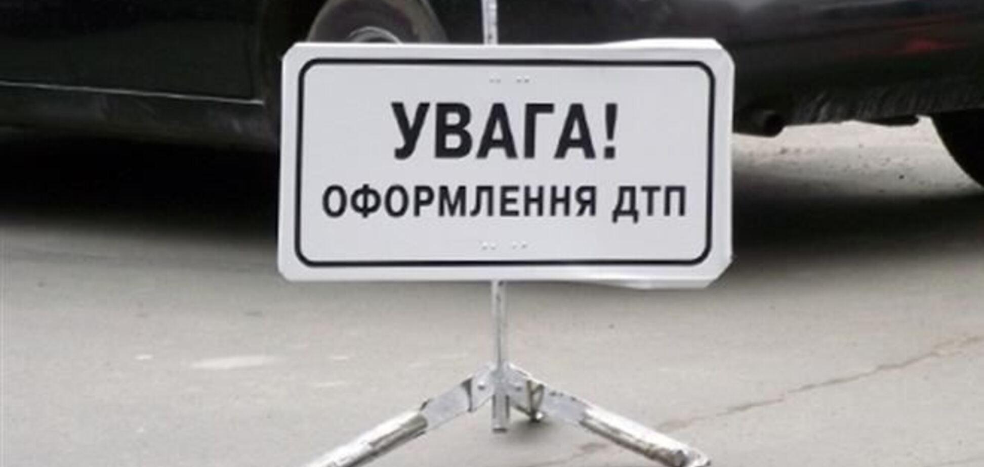 На Житомирщині легковик протаранив пасажирський автобус: є жертви