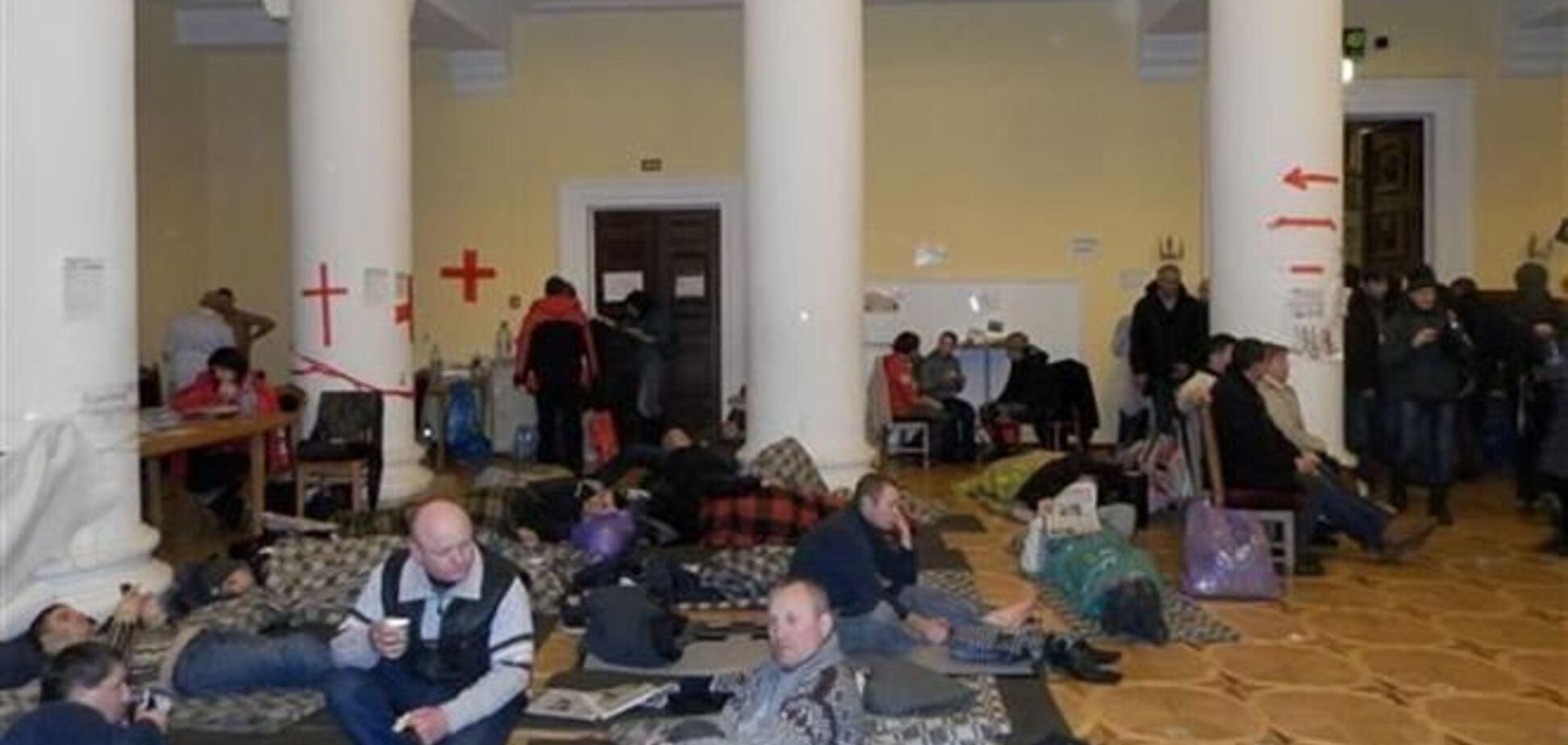 На Майдане поваров подбирают по национальному признаку