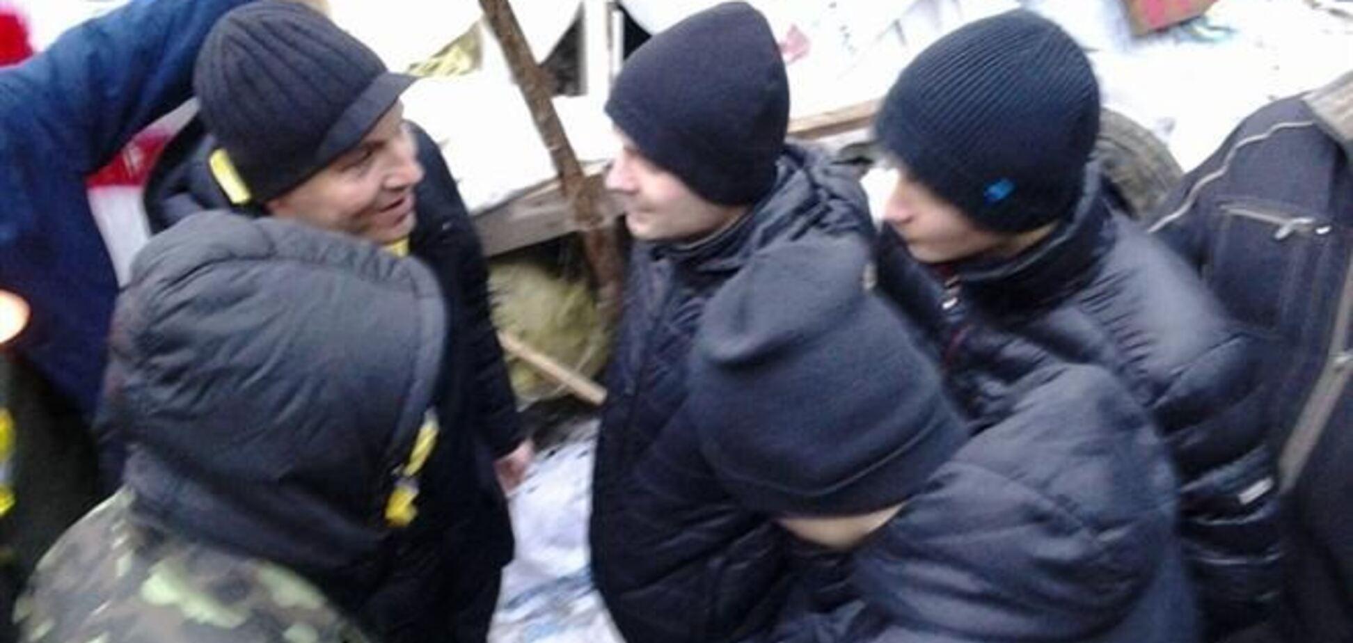 'Титушки' проникают на Евромайдан