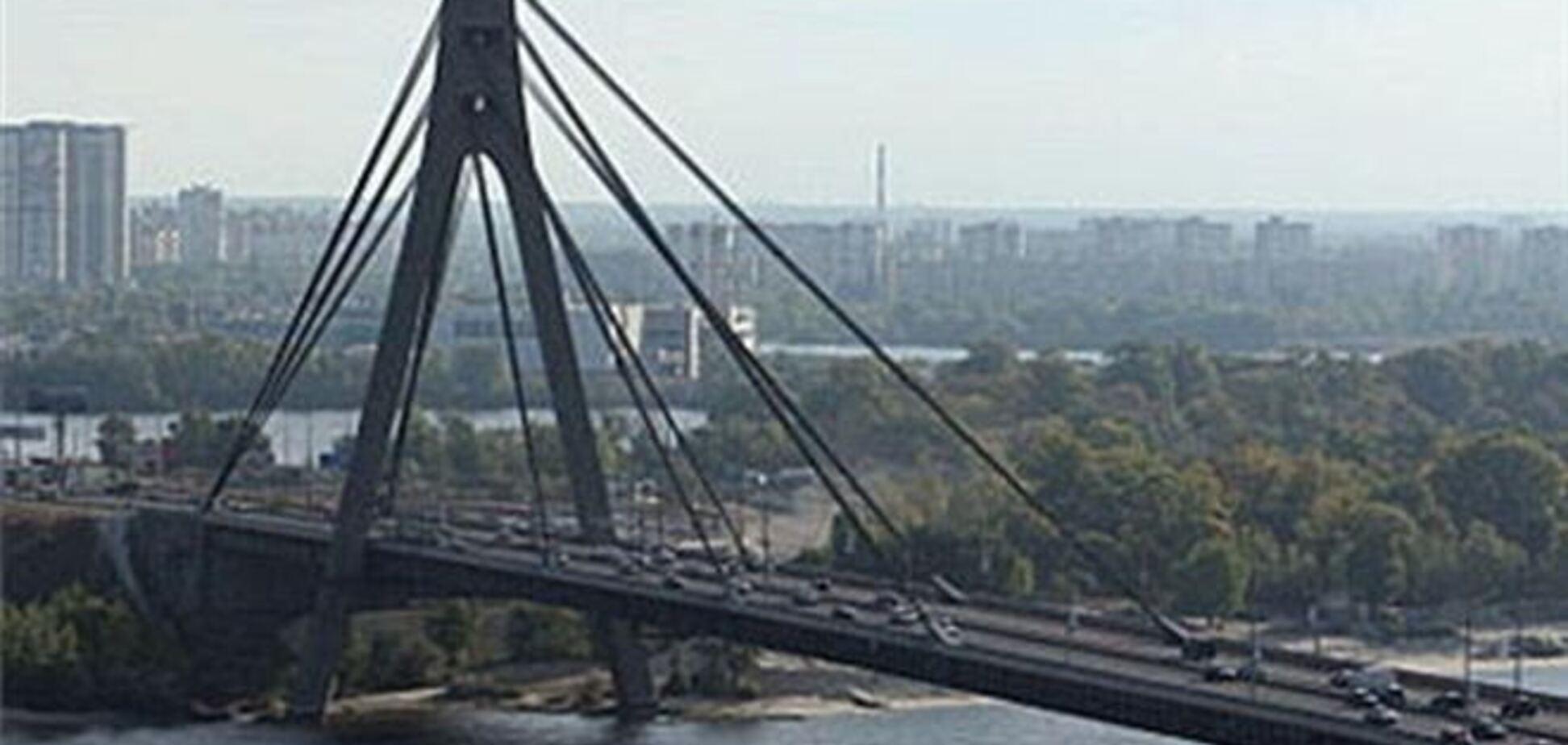 Московский мост в Киеве 18 января частично перекроют