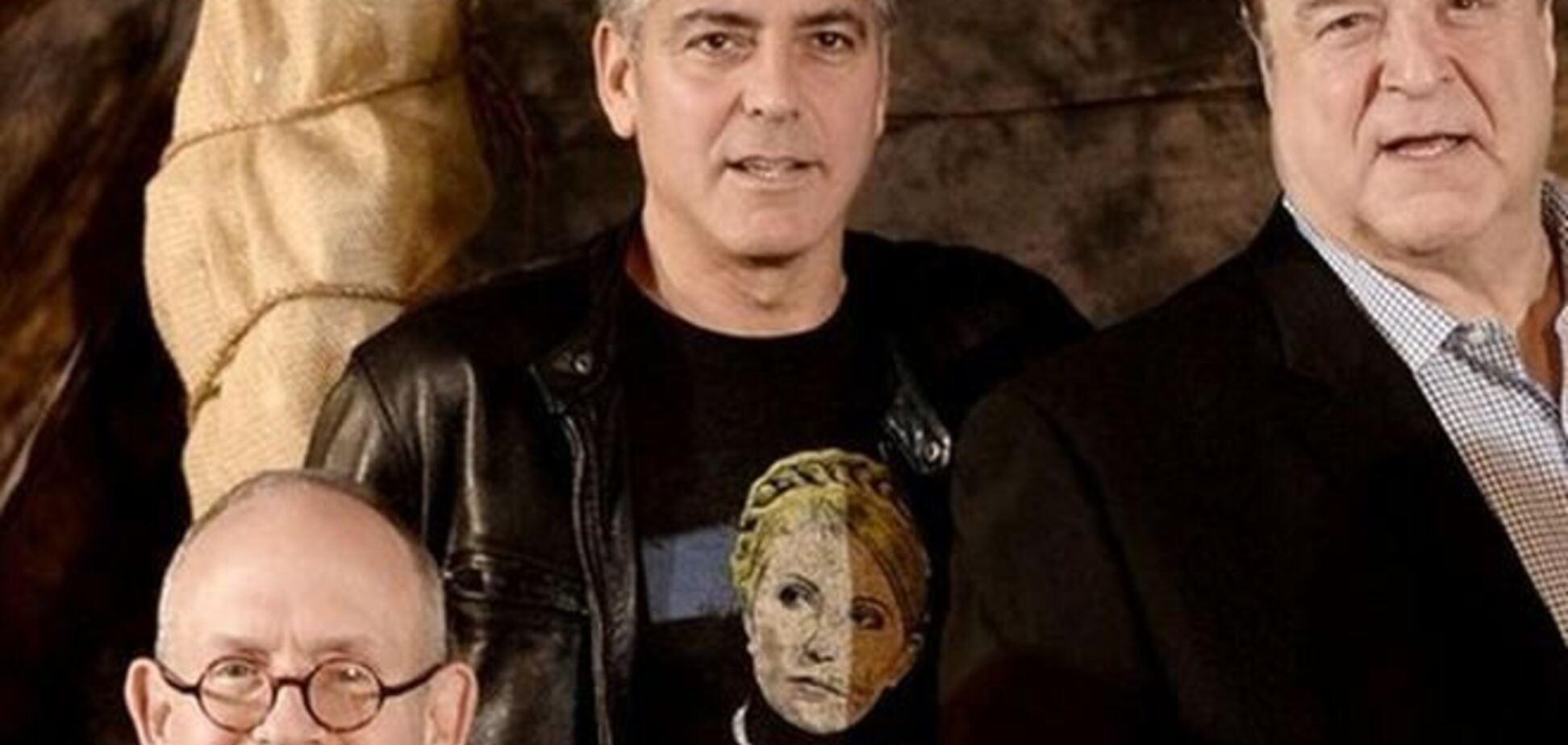 Клуні хизується по Голлівуду в футболці з портретом Тимошенко