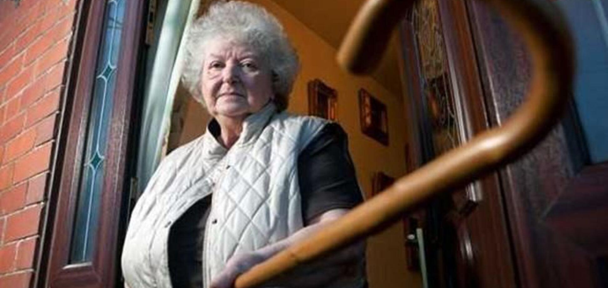 Британка-пенсіонерка вигнала грабіжників з порожніми руками