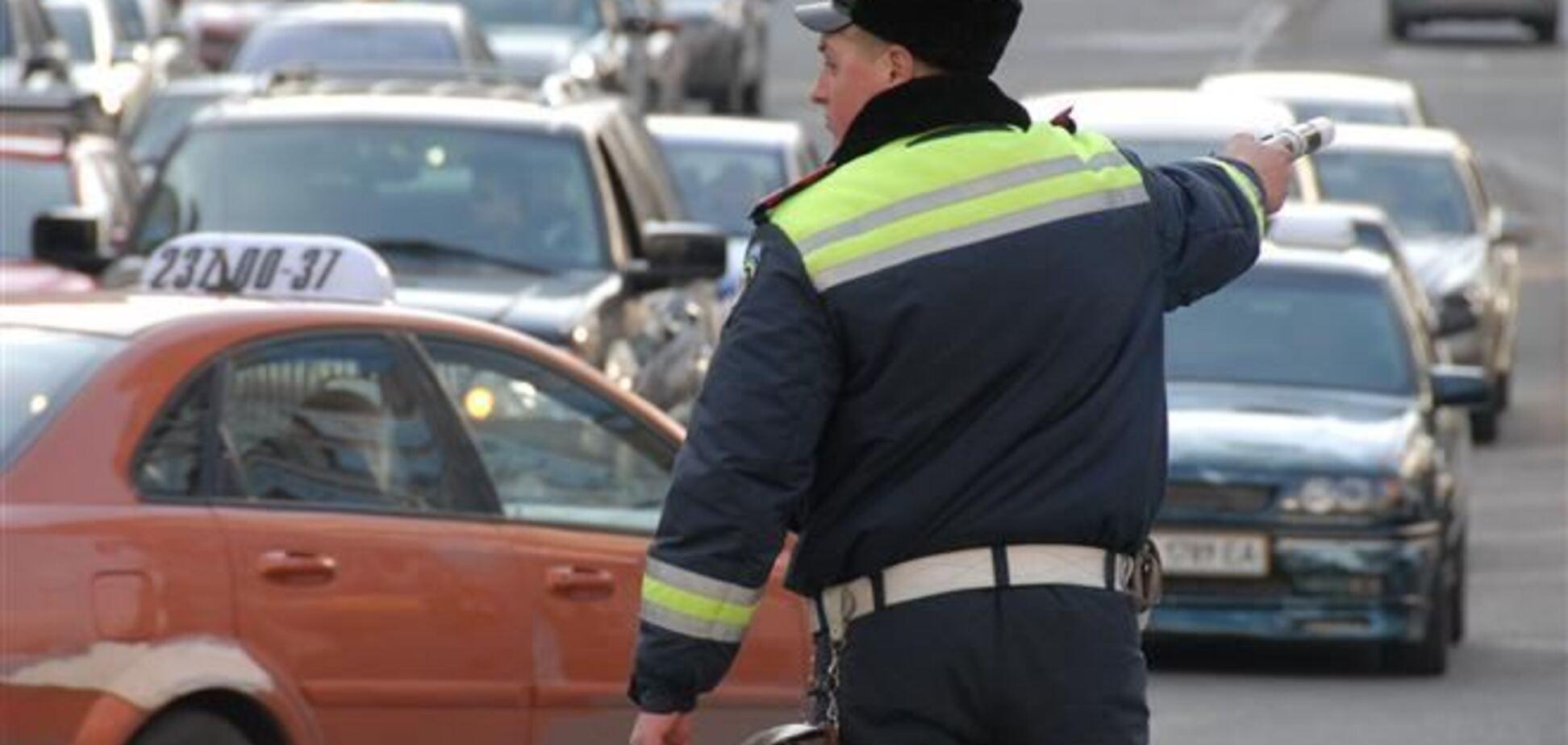 Активист Автомайдана сбил сотрудника ГАИ и скрылся - ГУ МВД в г.Киеве