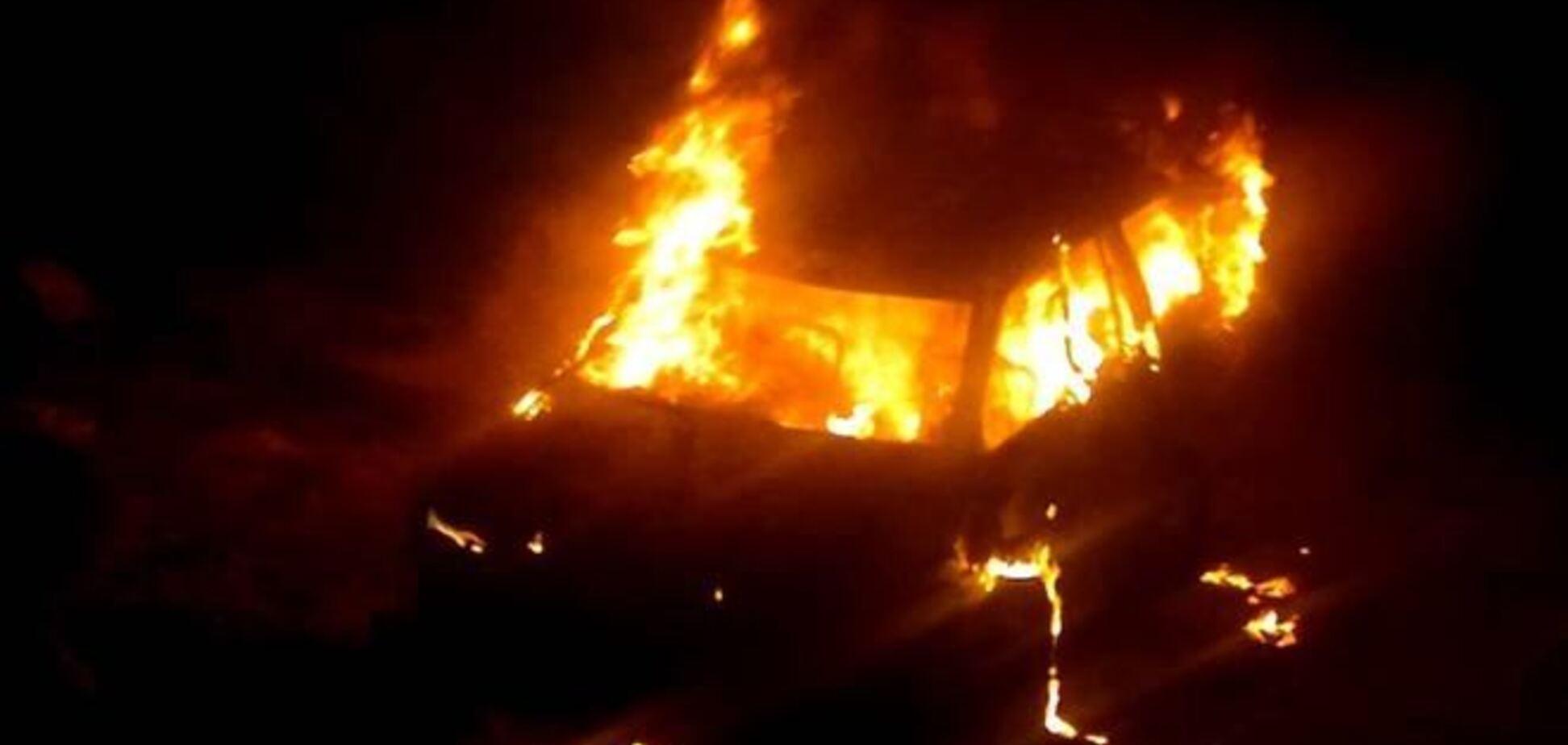 У Тернополі спалили автомобіль свободівця