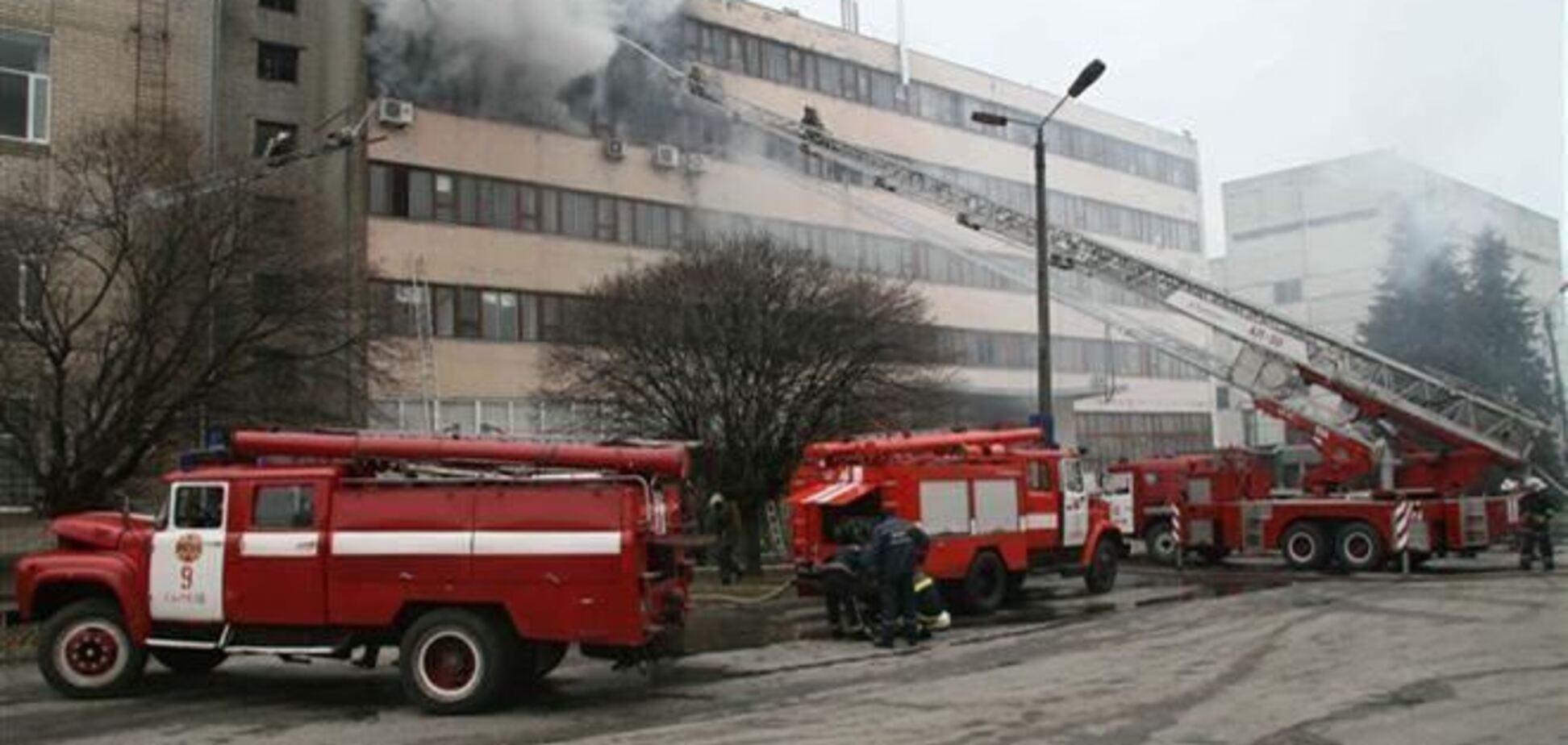 Стан постраждалих в результаті пожежі на заводі в Харкові покращився